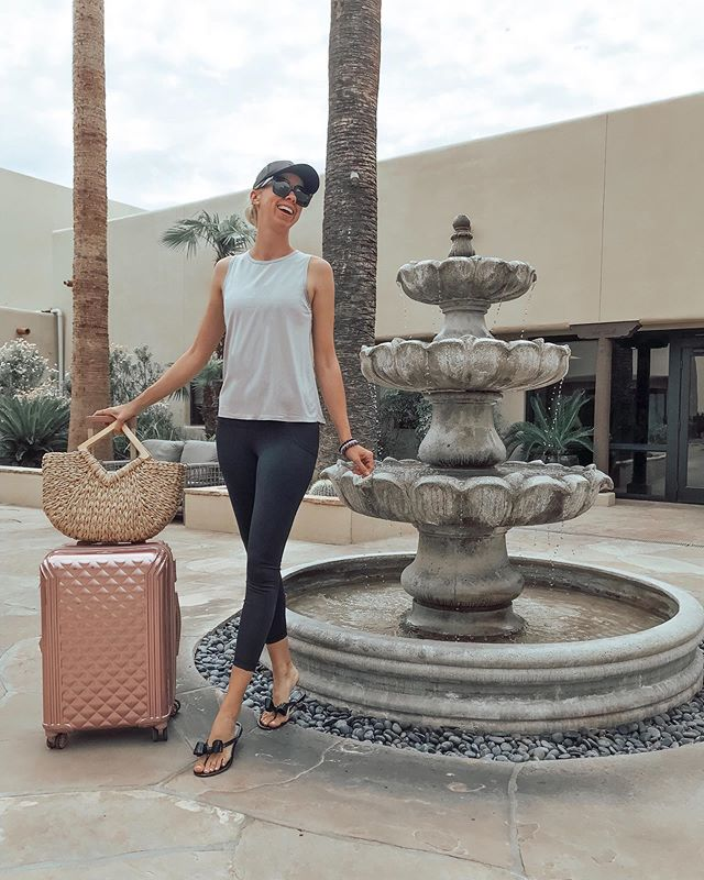 We've arrived! So excited for a relaxing mother-daughter getaway! Miraval Arizona is even prettier than the photos and the view from our room is 🙌🏼. Sharing more on stories! @miravalresorts #miravalpartner #miravalmoments