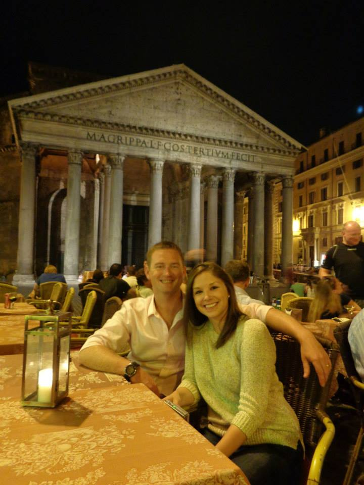 Having a nightcap in front of the Pantheon