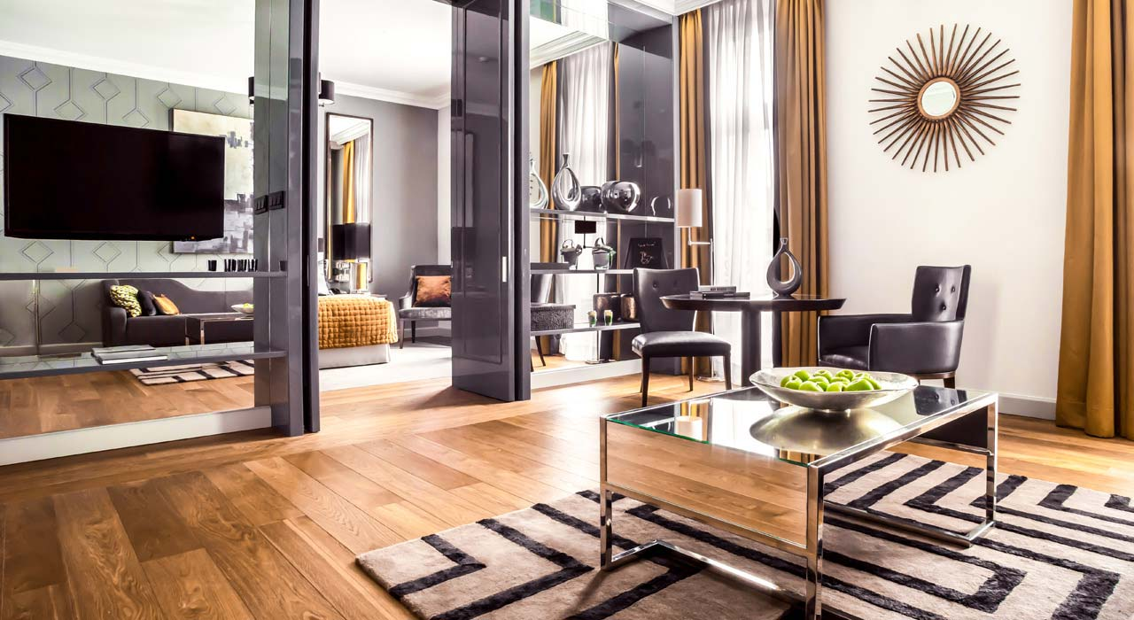corinthia-budapest-executive-suite-lounge.jpg