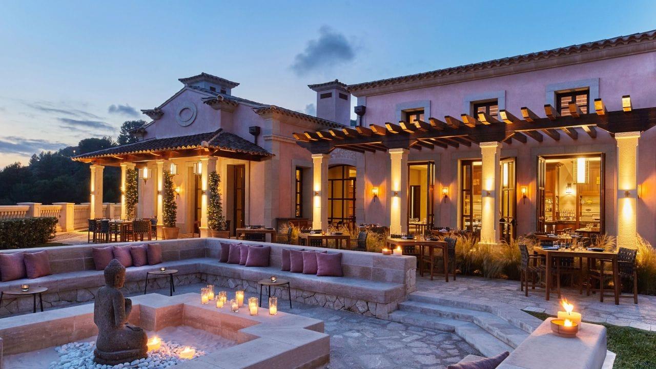 Park-Hyatt-Mallorca-P360-Asia-Restaurant-Exterior-Terrace-Night.16x9.adapt.1280.720.jpg