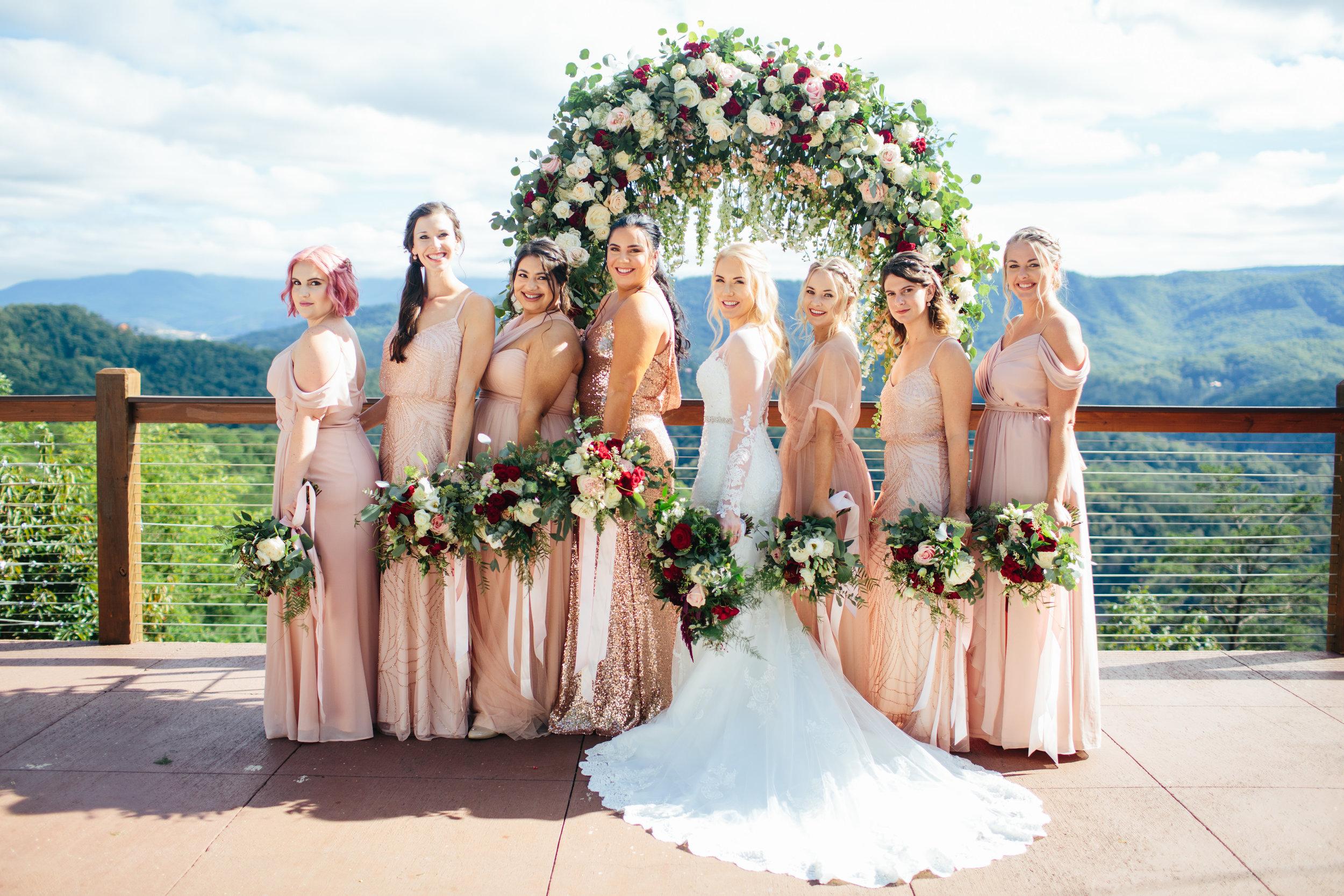 From left to right: Cara, Faith, Thasin, Julie, Sarah, Alex, Jessica