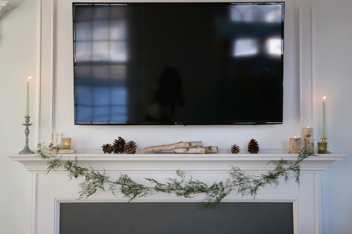How to Create a Non-Holiday Winter Mantle and a DIY Fern Garland