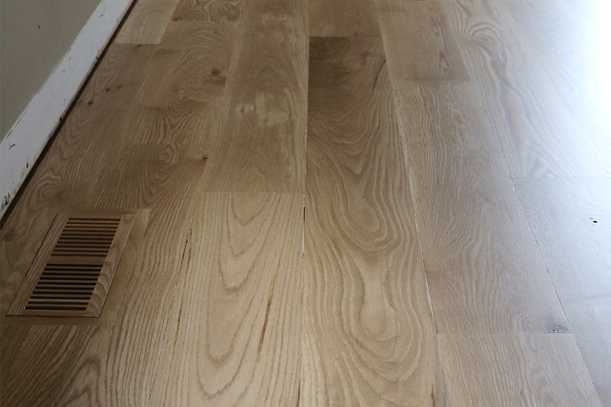 floors_2.jpgHow to Choose a Hardwood for Your Home (+ all the Little Details)