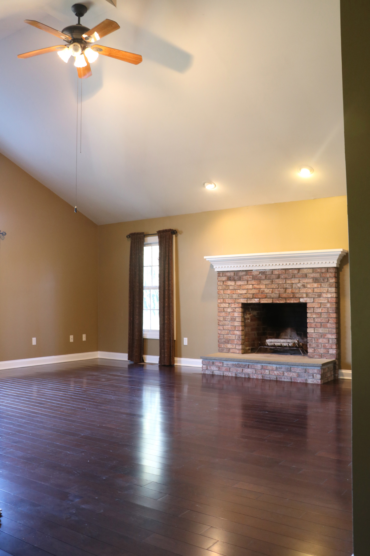 family room makeover before