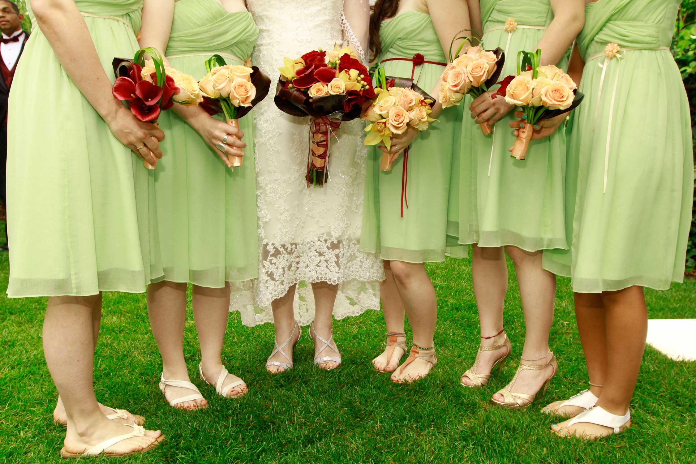 Latin bride & bridesmaids line up