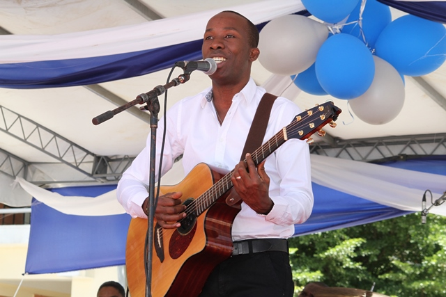 World-renowned Haitian singer Belo takes the stage to great applause and excitement from our students.