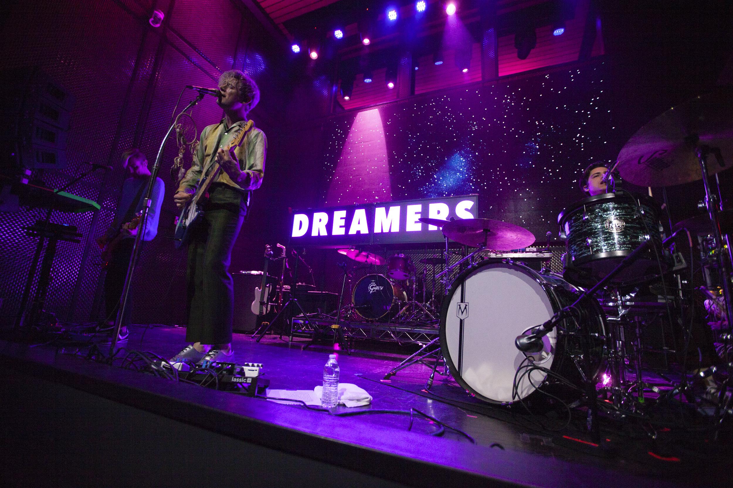 Dreamers_02.jpg