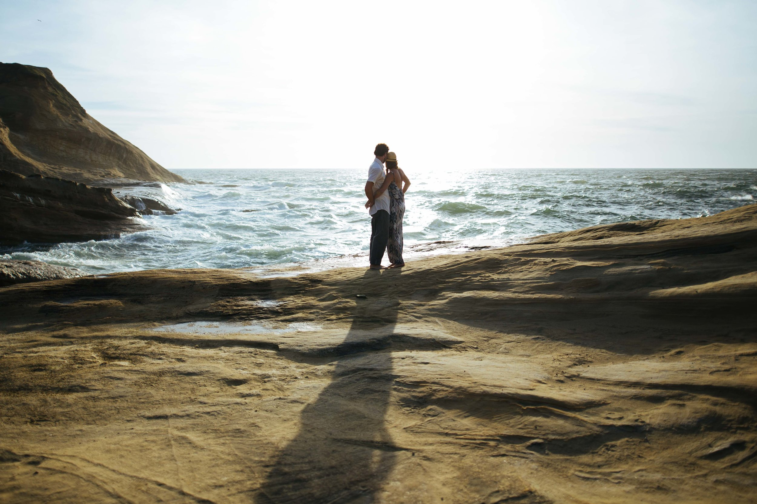 Cape Kiwanda Adventure Couples Photography-1.jpg