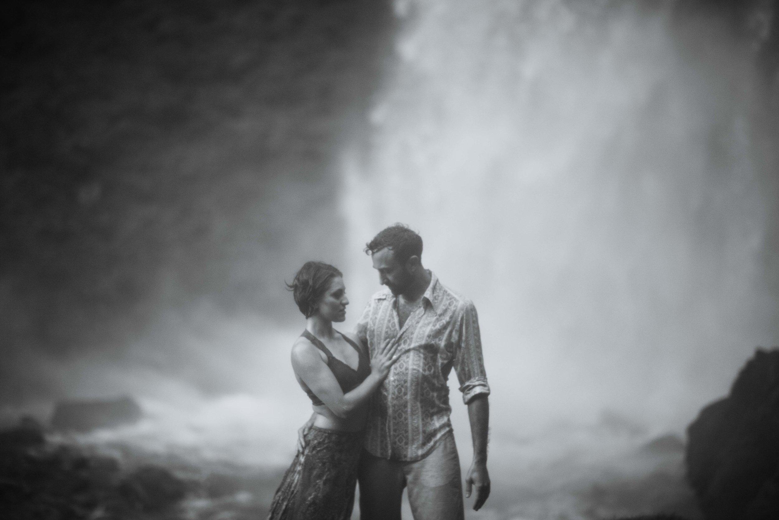 Portland Elopement Adventure Wedding Photographer-20.jpg