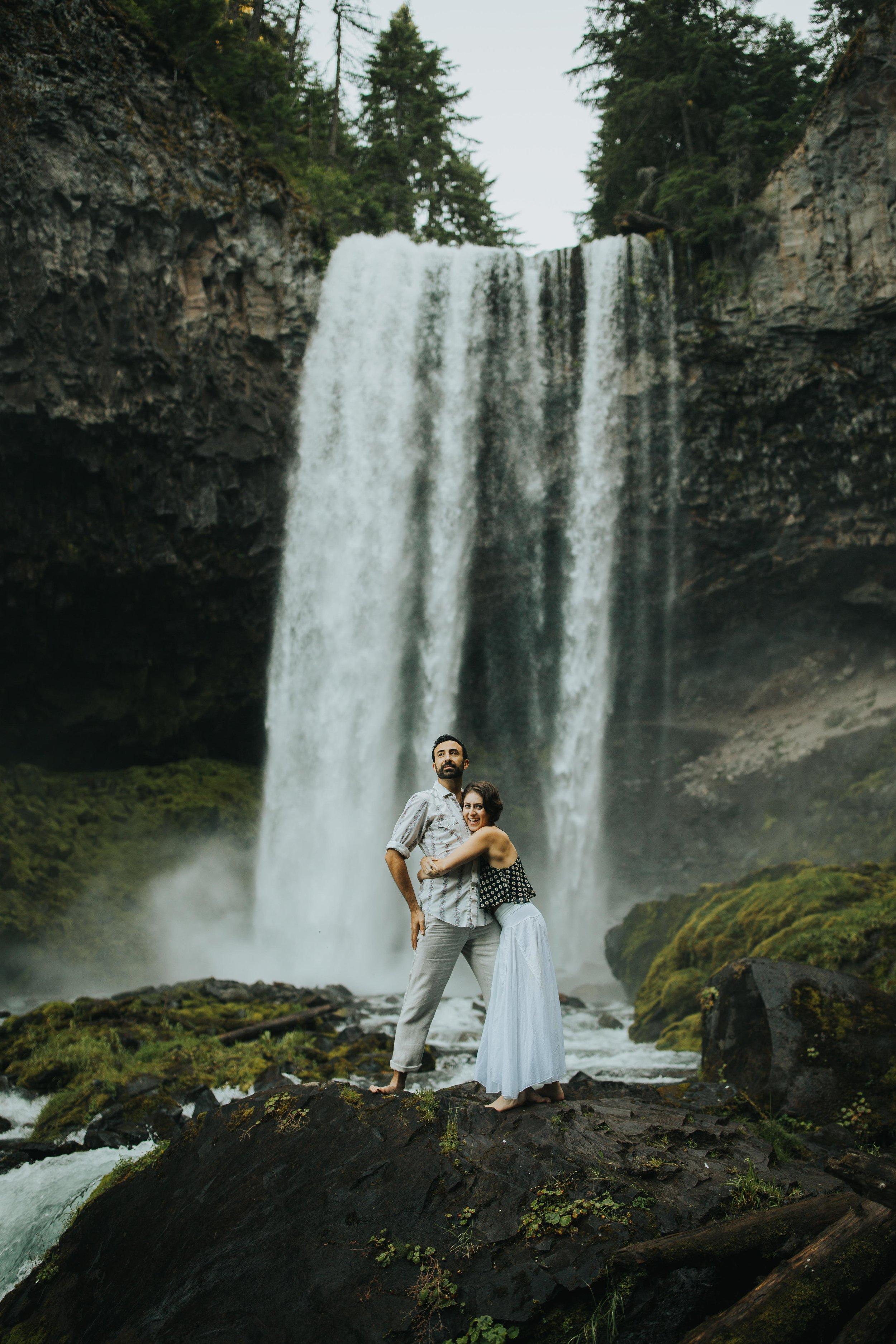 Portland Elopement Adventure Wedding Photographer-17.jpg