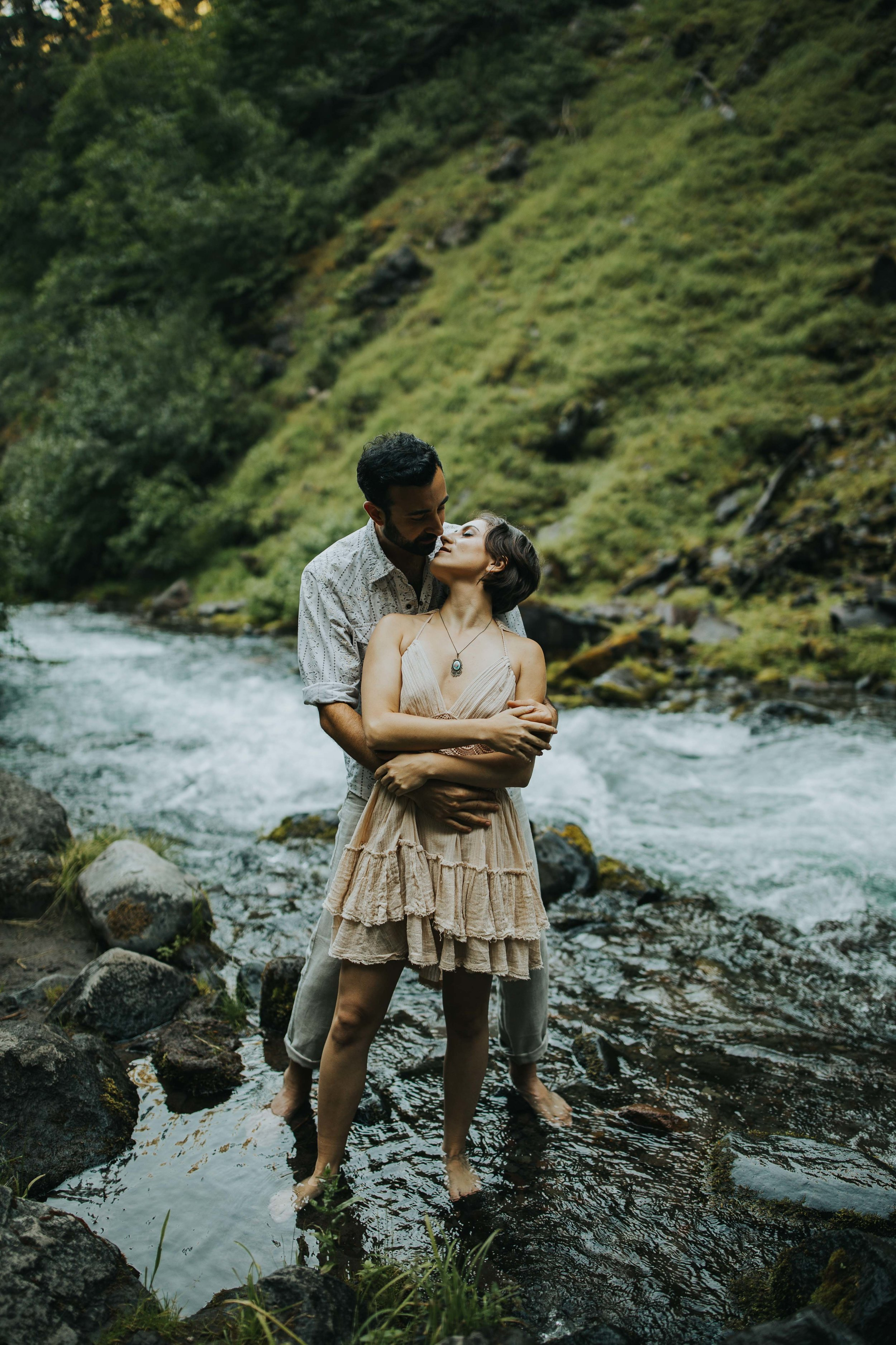 Portland Elopement Adventure Wedding Photographer-15.jpg