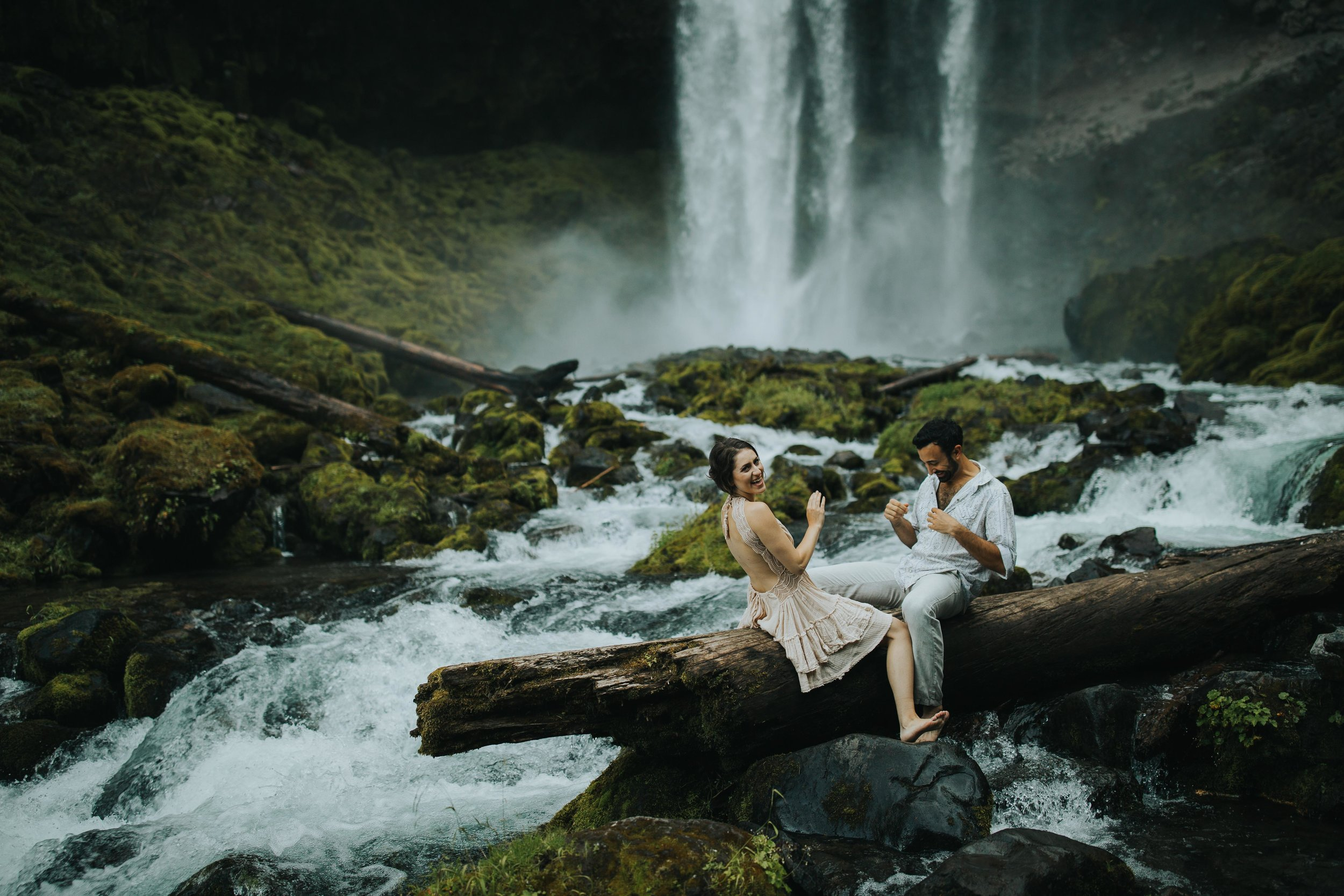 Portland Elopement Adventure Wedding Photographer-11.jpg