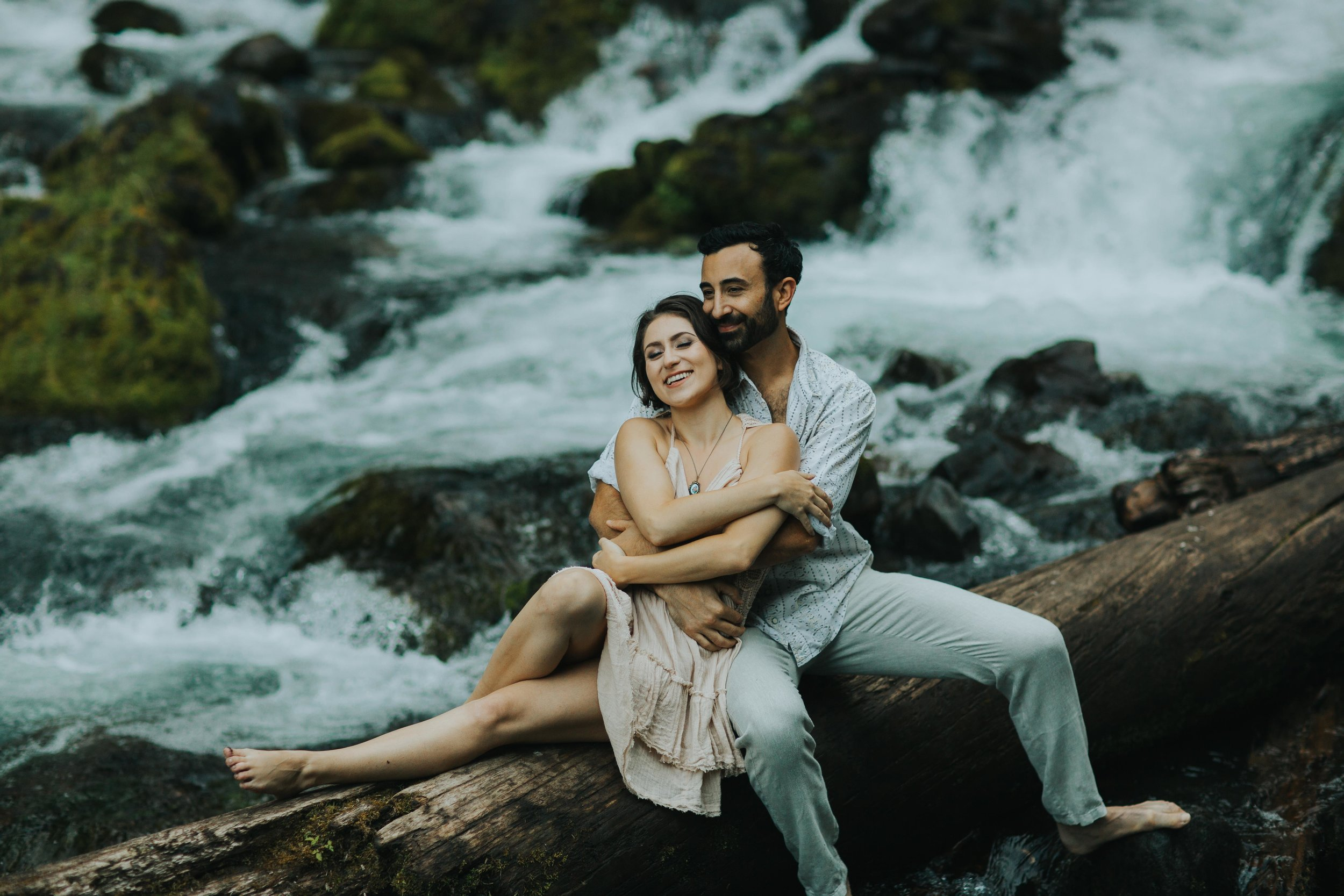 Portland Elopement Adventure Wedding Photographer-7.jpg