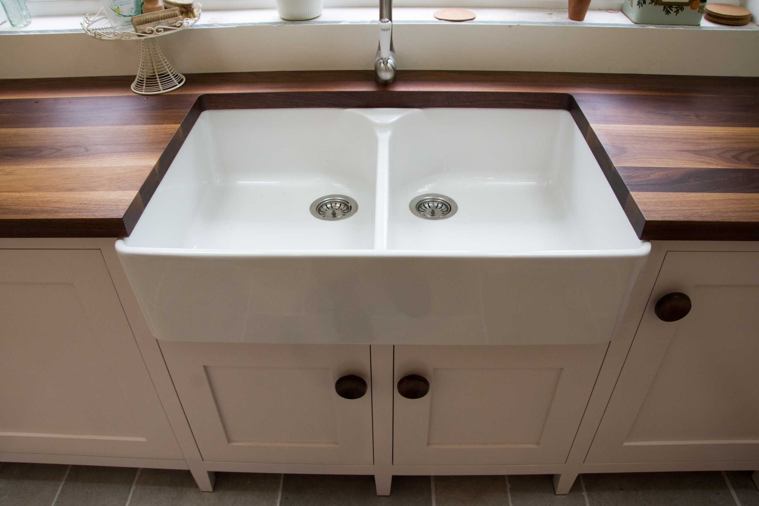 Double butler/Belfast sink