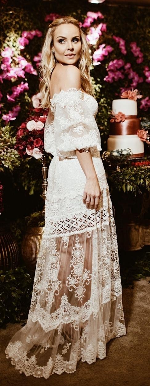 Yolancris-Bridal-Bridaldress-weddingdesses-couture-design-bohodress-boho-wedding-engagamentparty.jpg
