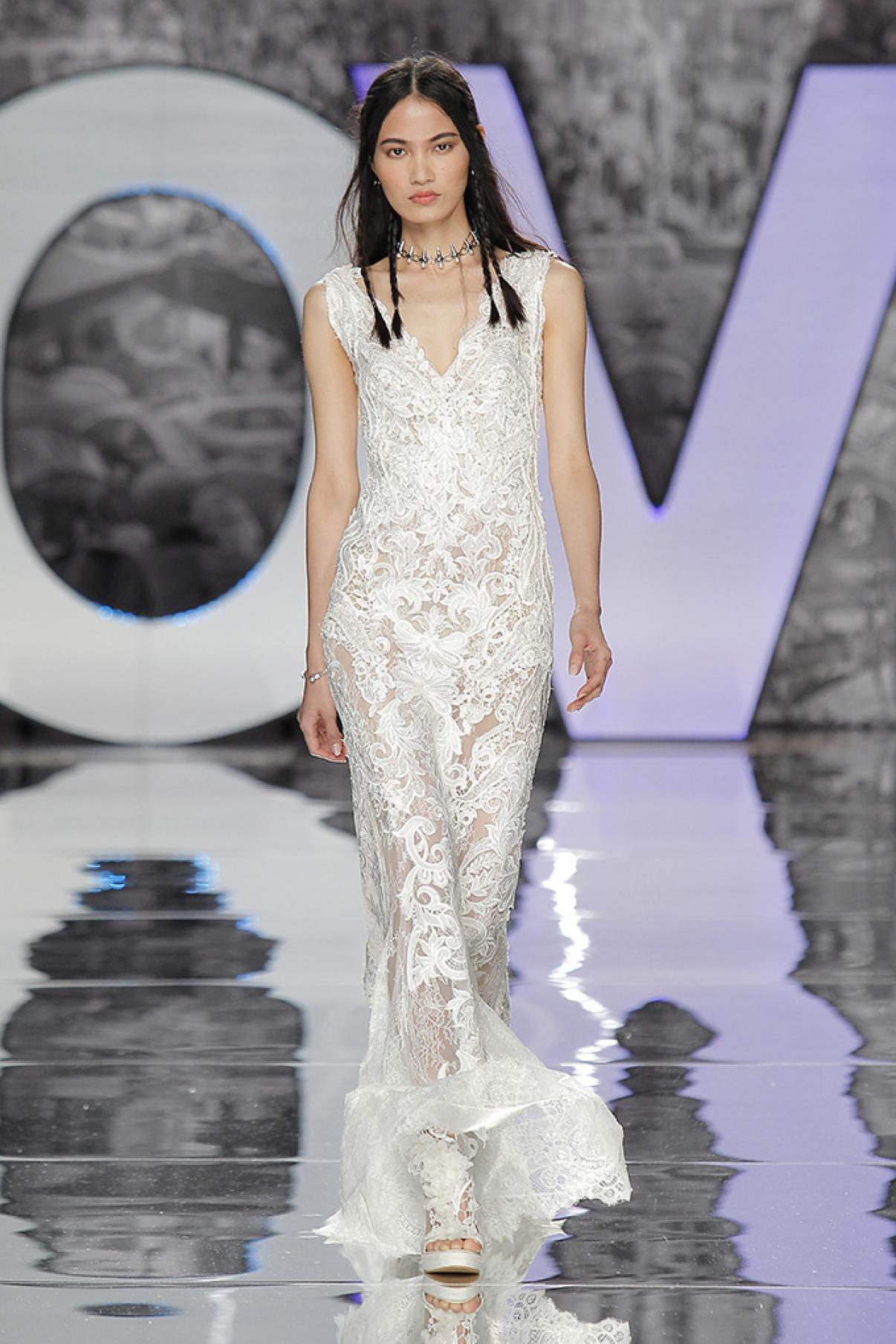 yolancris-weddingdress-bride-boho-chic-folk-wedding-dress-couture-fashion-desing-bohodress-13.jpg