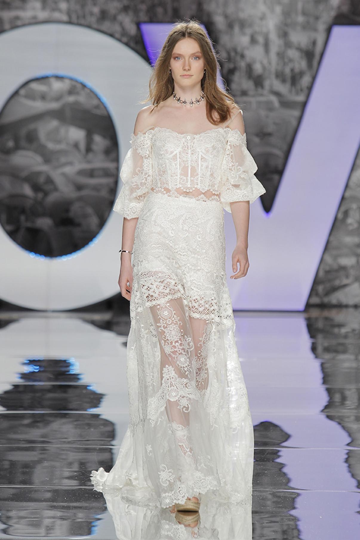 yolancris-weddingdress-bride-boho-chic-folk-wedding-dress-couture-fashion-desing-bohodress-73.jpg