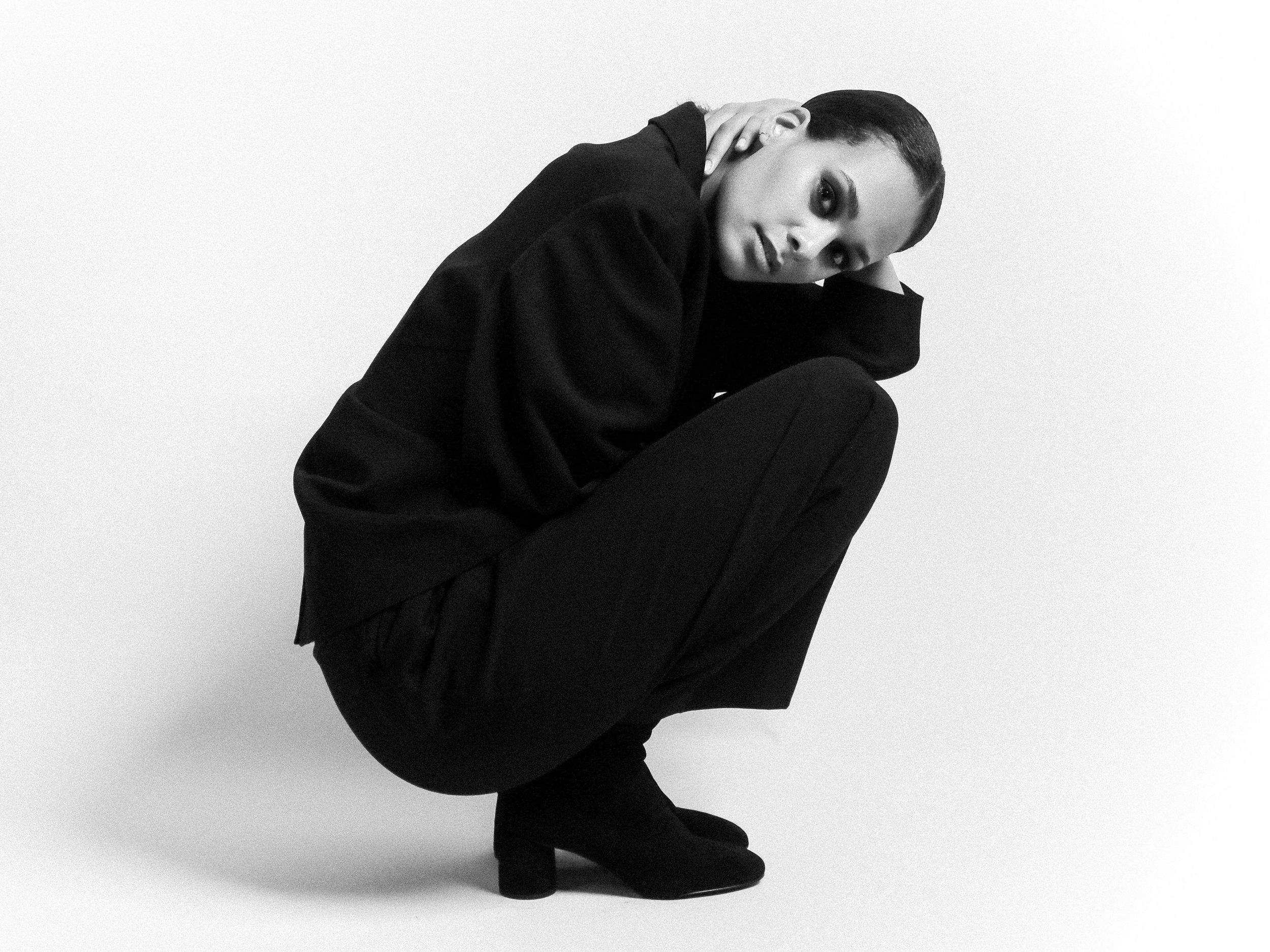 P1010118_Melissa Bon - by Elina Tran-3.jpg