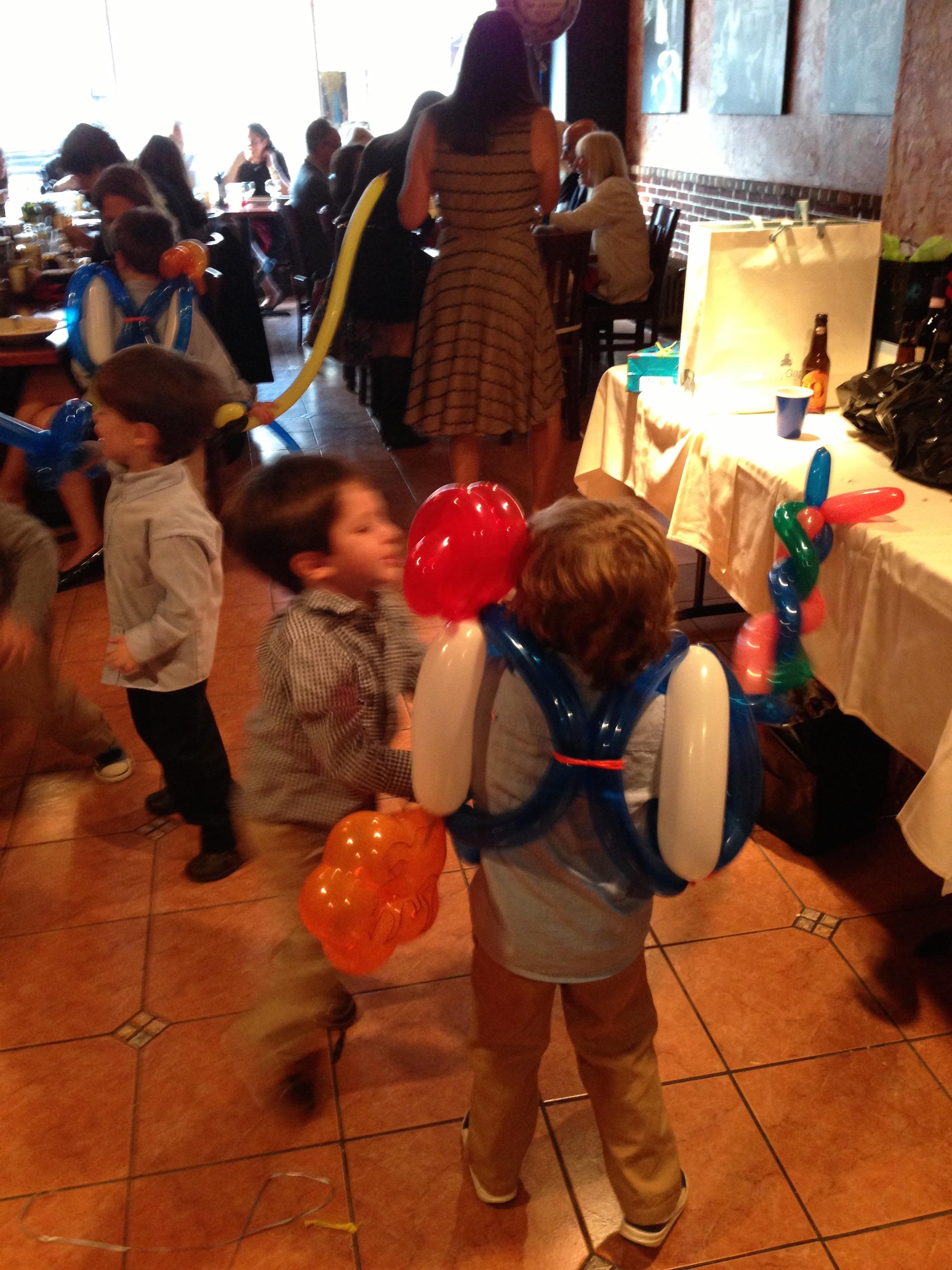 Entertainment - kids balloons.jpg