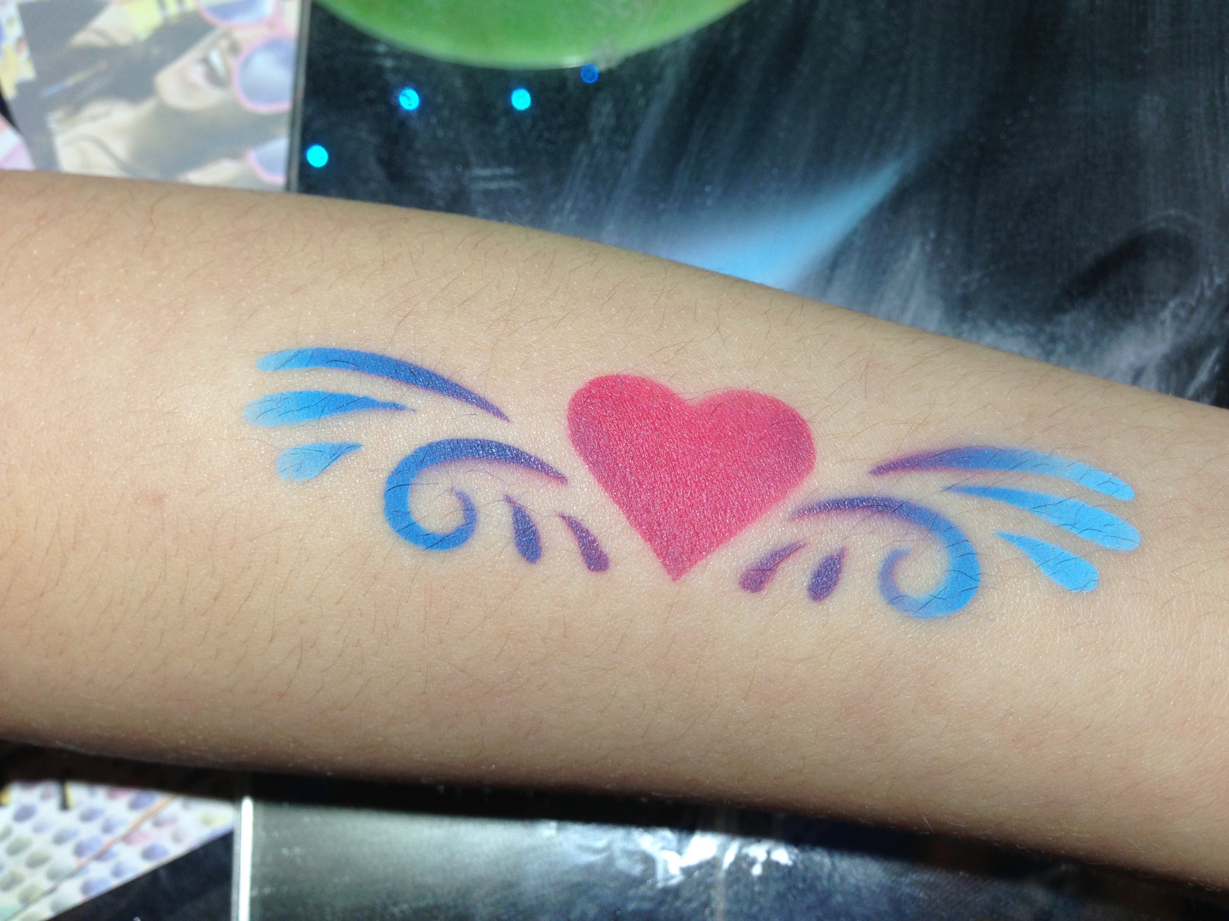 Gallery - Airbrush Tattoo heart.jpg