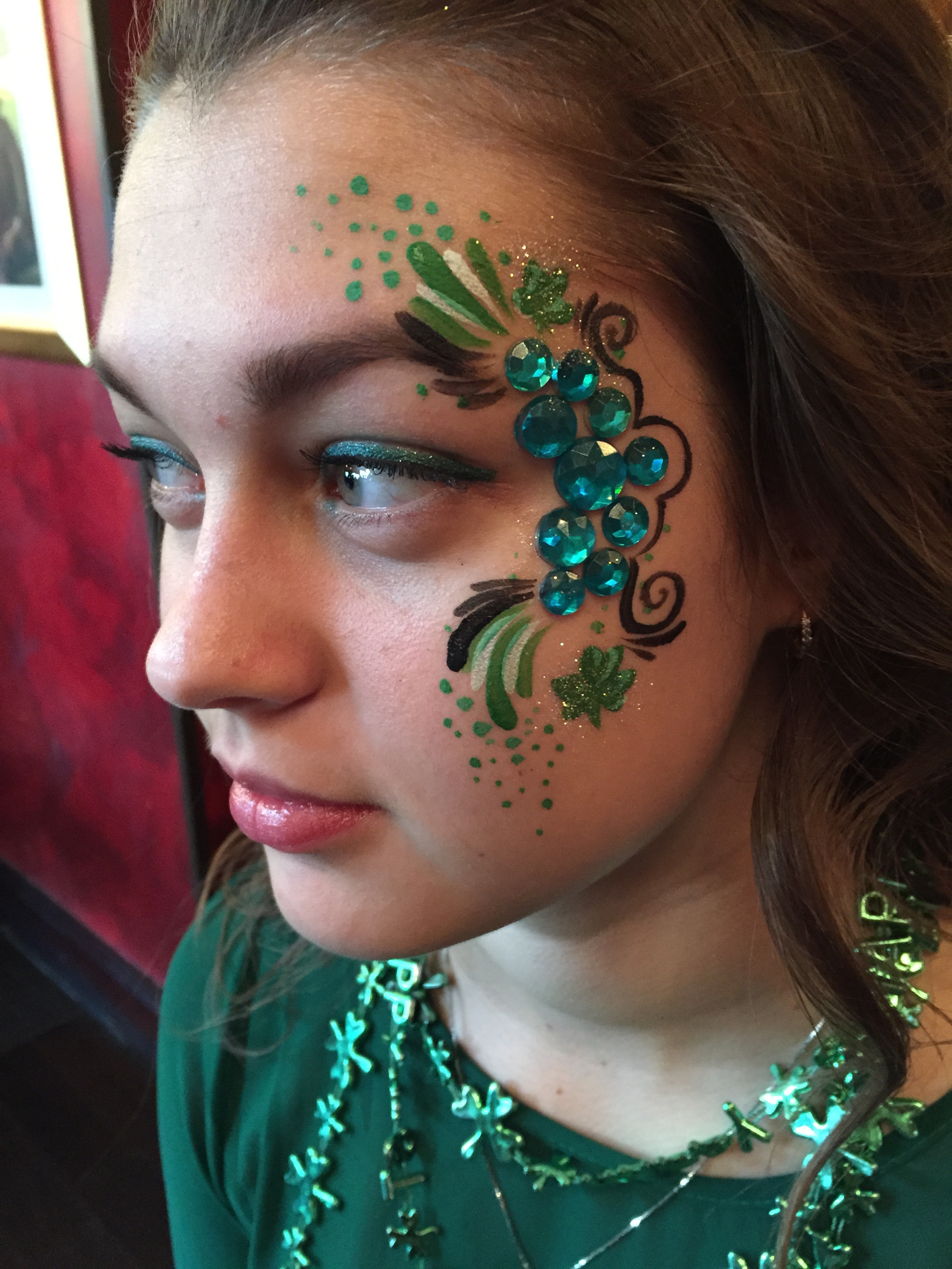 Adult Face Paint - Shamrock glitter.jpg