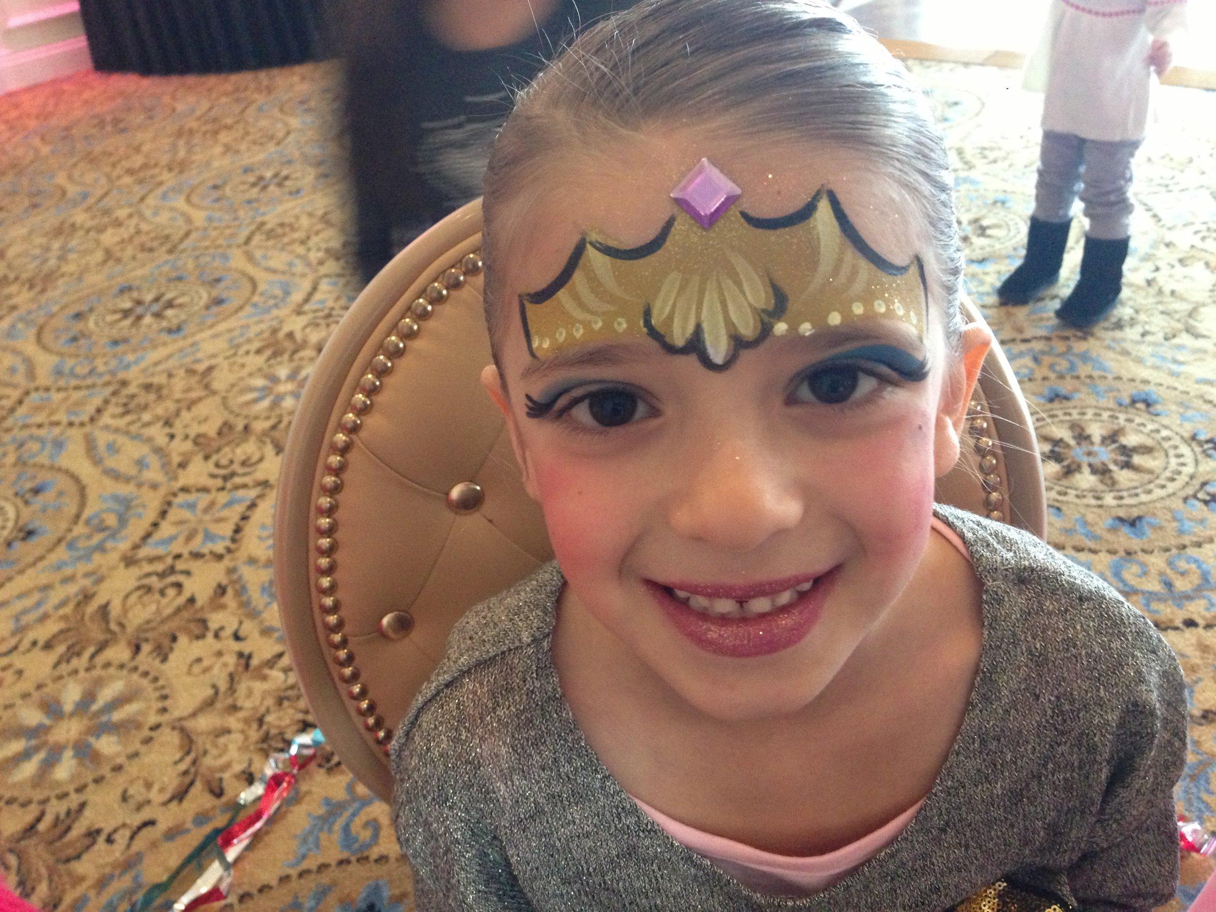 Face Paint - Crown smile.jpg