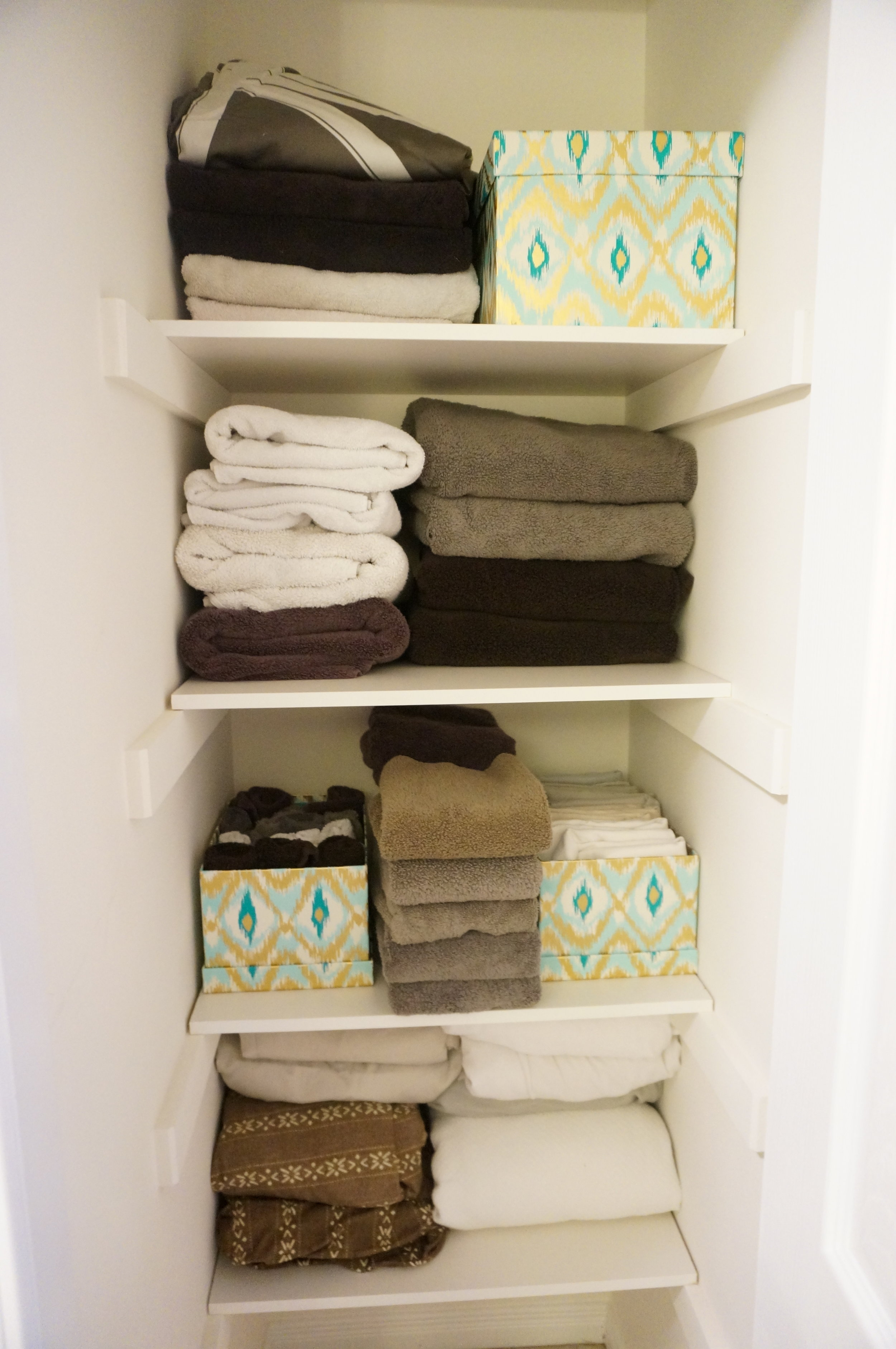Staging and organizing your linen closet