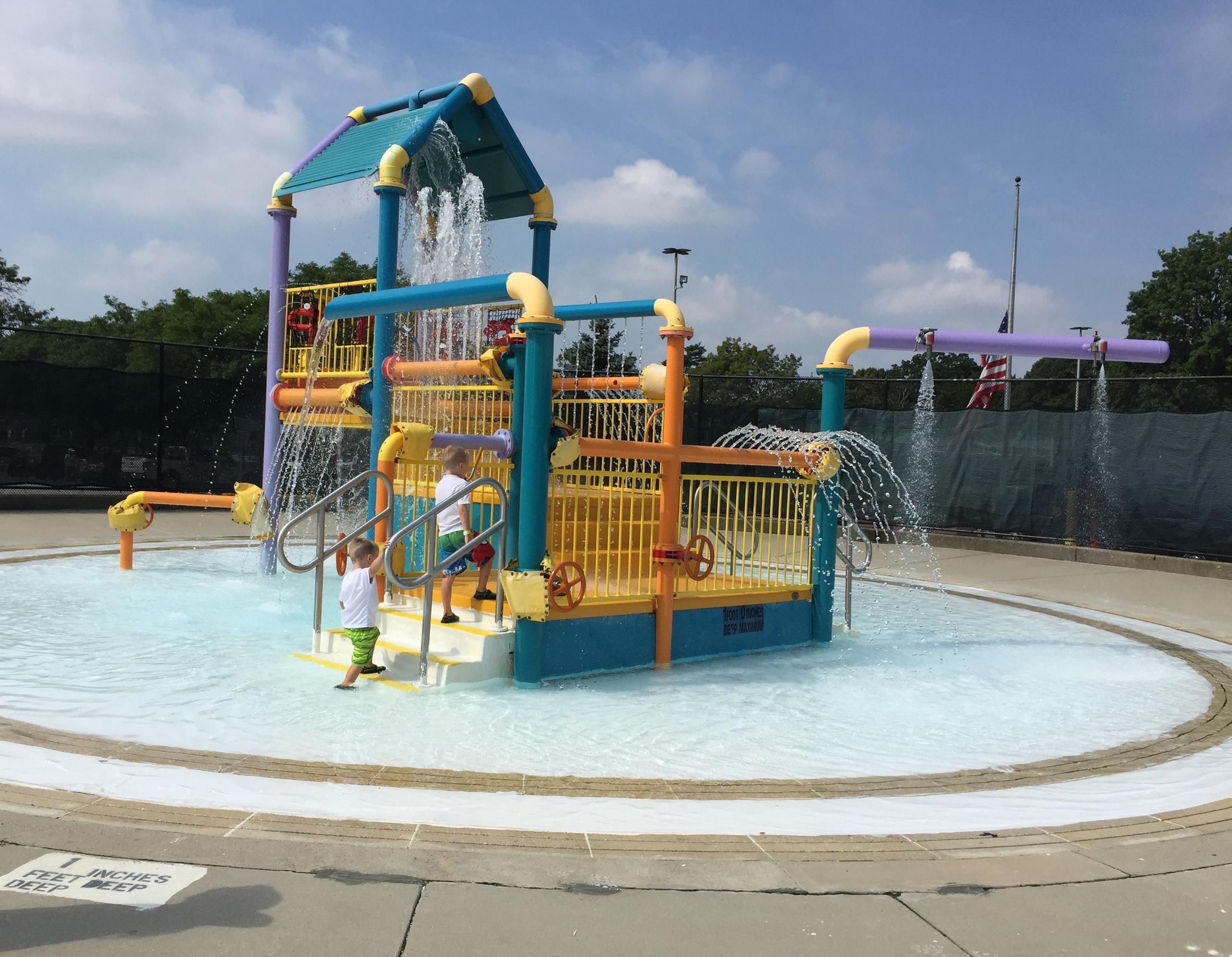 Sprayground at Cantiague Park Pool