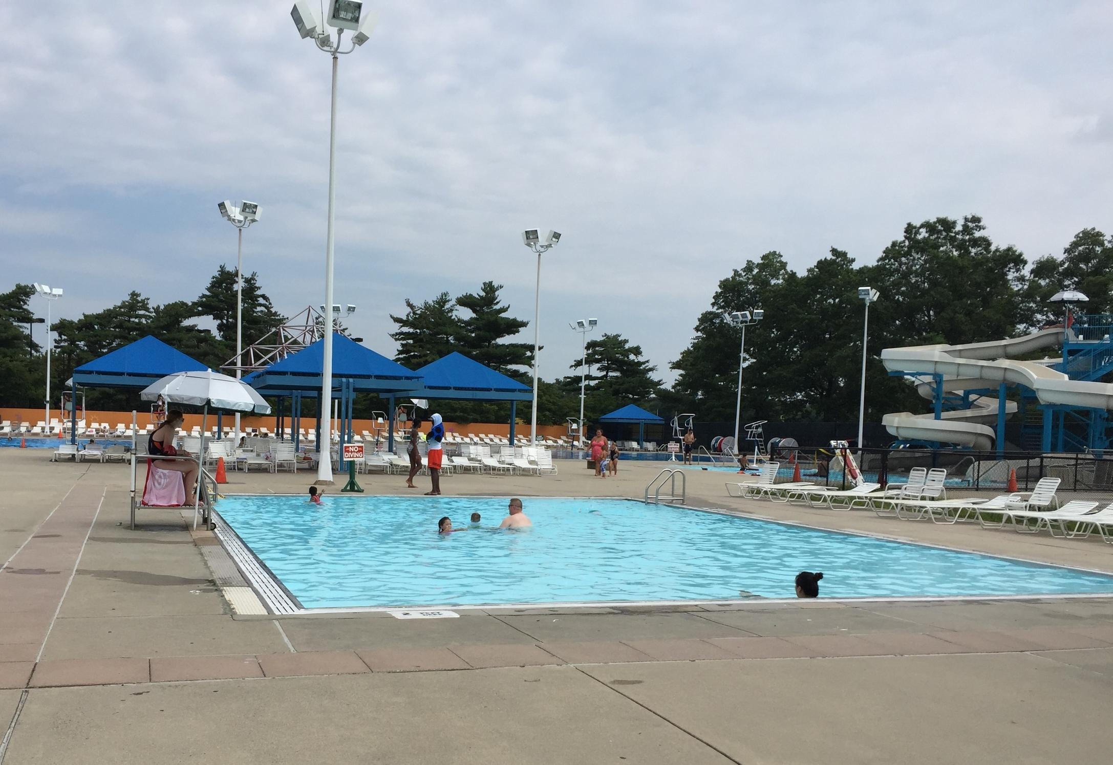Cantiague Park Pool