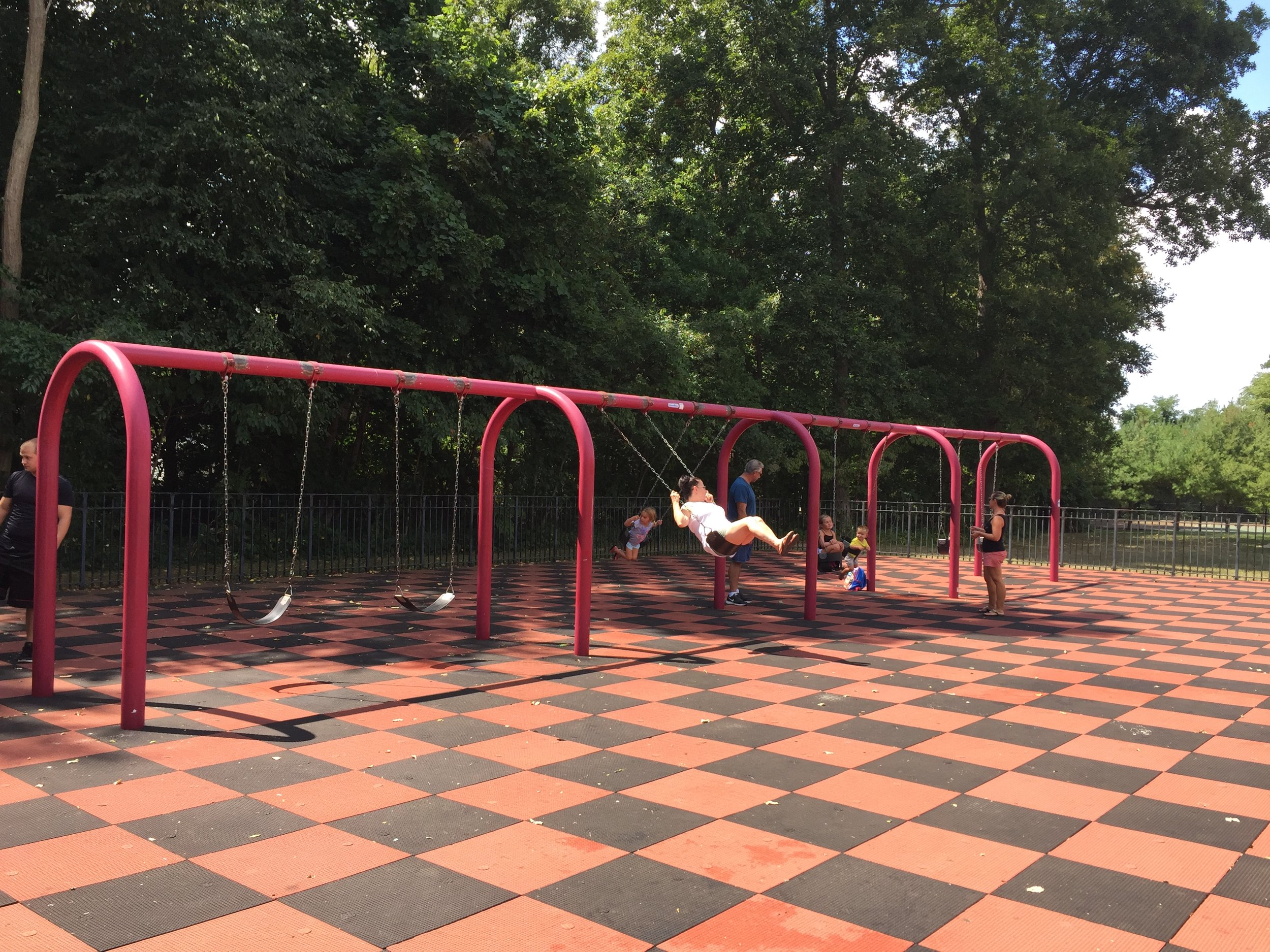 Swings at Lake Ronkonkoma Park