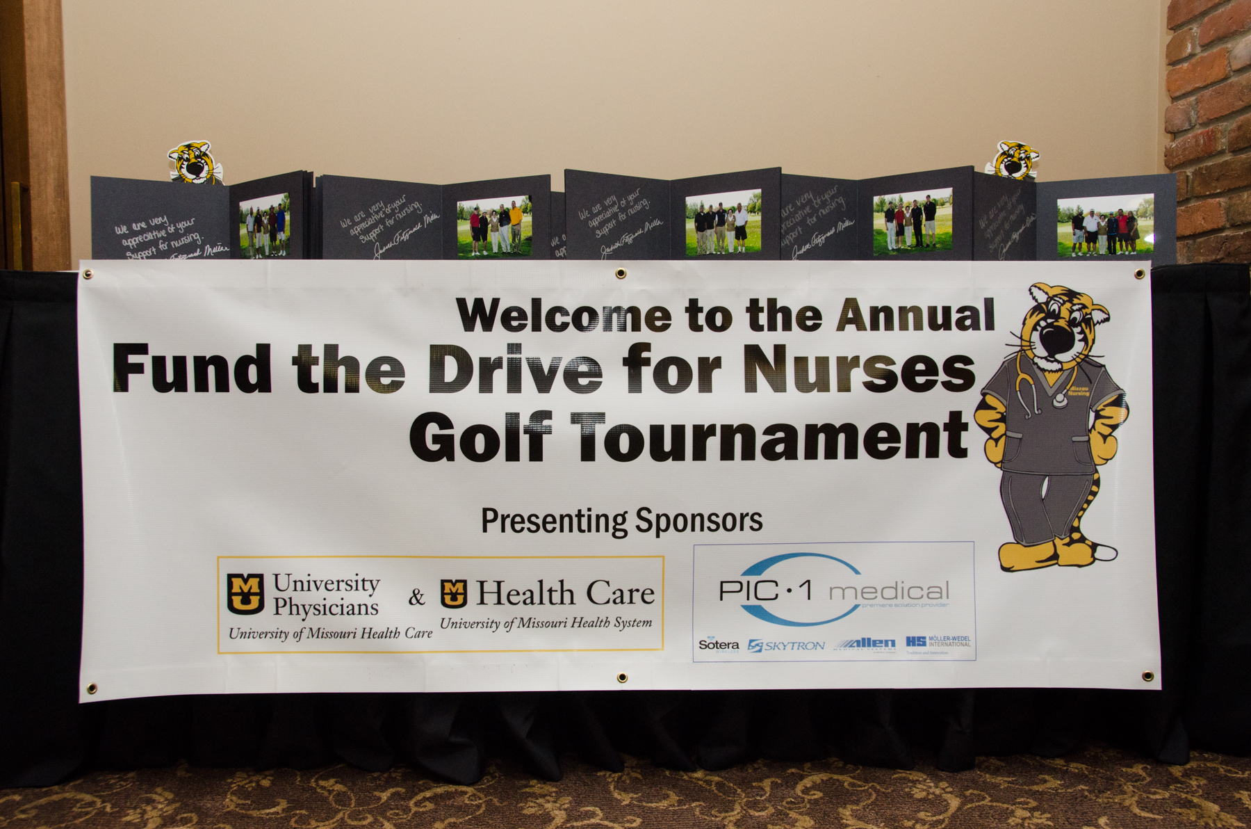 20121001_golf_tournament_103_4x6.jpg