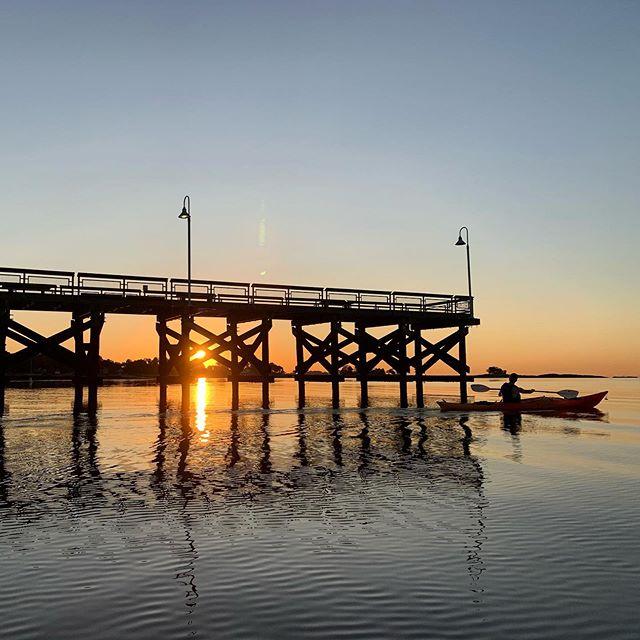 Sunrise Paddle @sara_nicole821 @asato343 #slowturnsonly™️