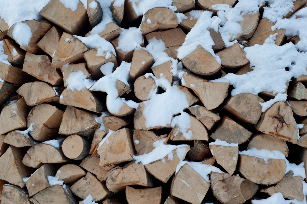 chopped-chopped-wood-cold-376365.jpg