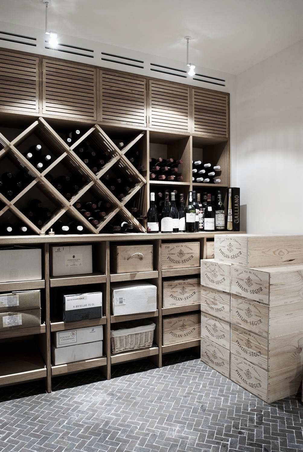 LEGIO PROJECT_winecellar.jpg