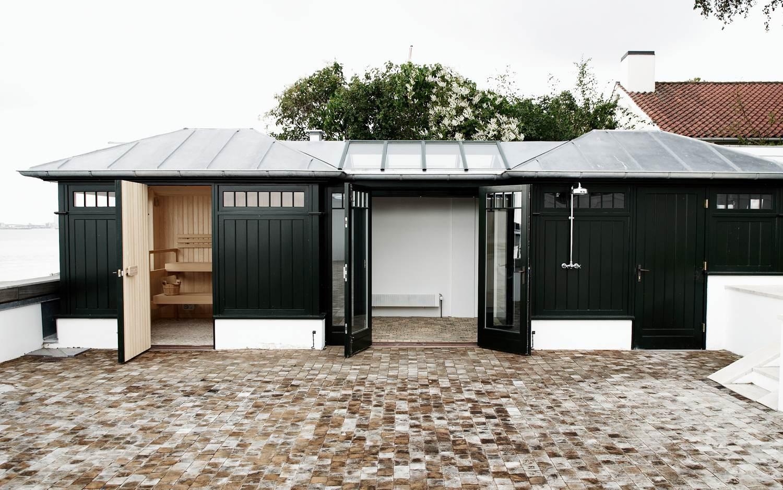 LEGIO PROJECT_Wooden tiles and sauna.jpg