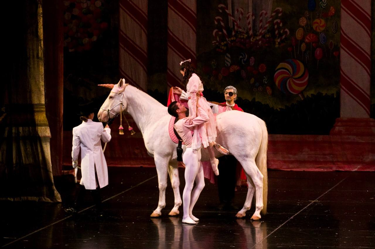 Is that a Unicorn in Columbia City Ballet's Nutcracker?