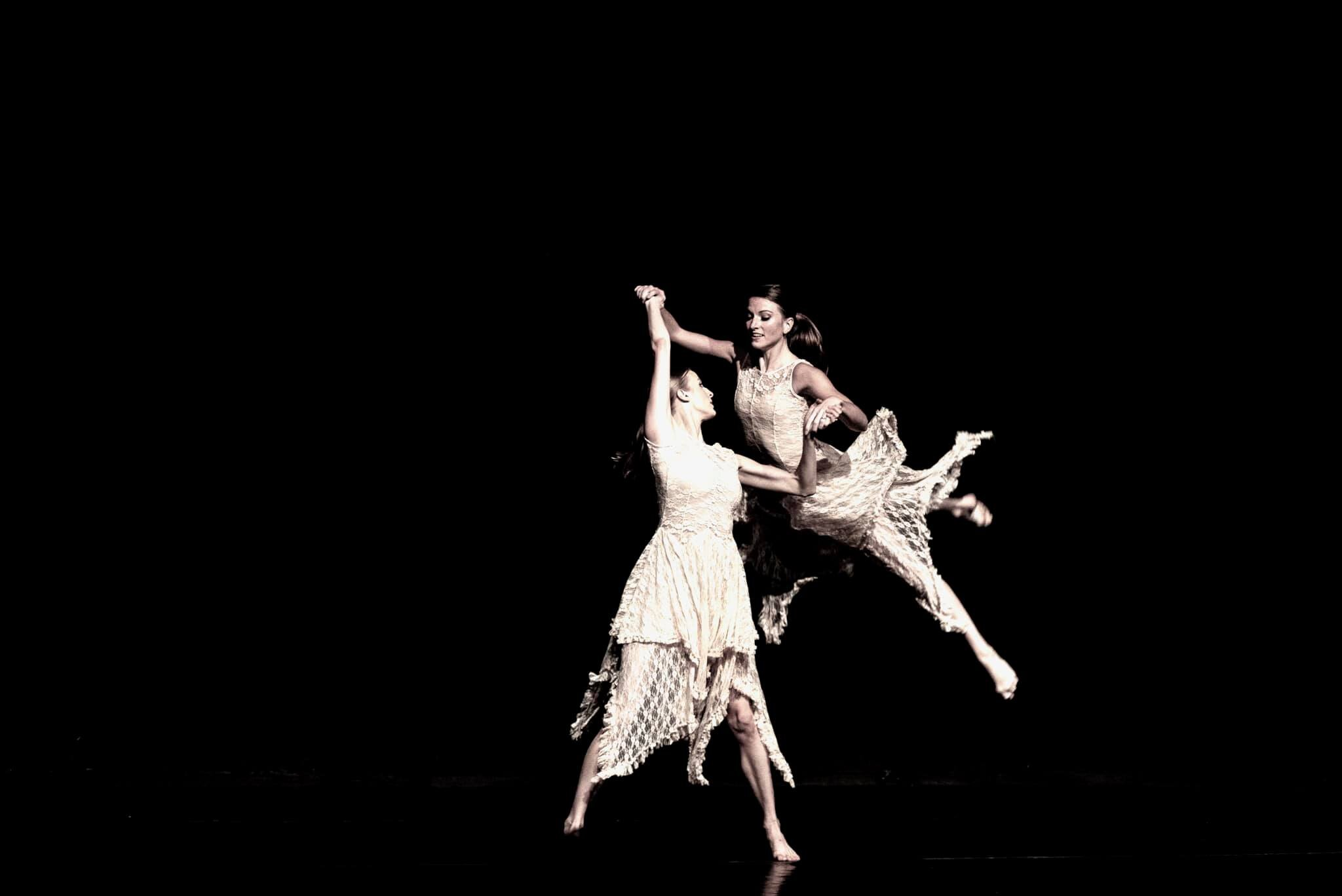 Artist Kevin Kyzer's photo of dancers Claire Richards Rapp and Bonnie Boiter-Jolley