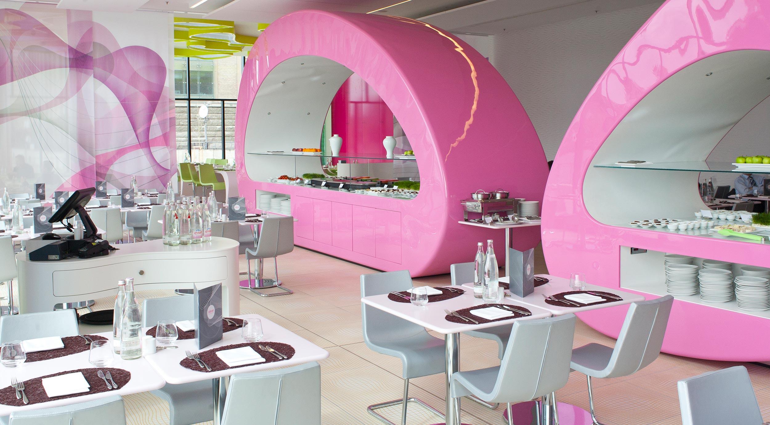 8 nhow Hotel Berlin Buffets im Restaurant.jpg