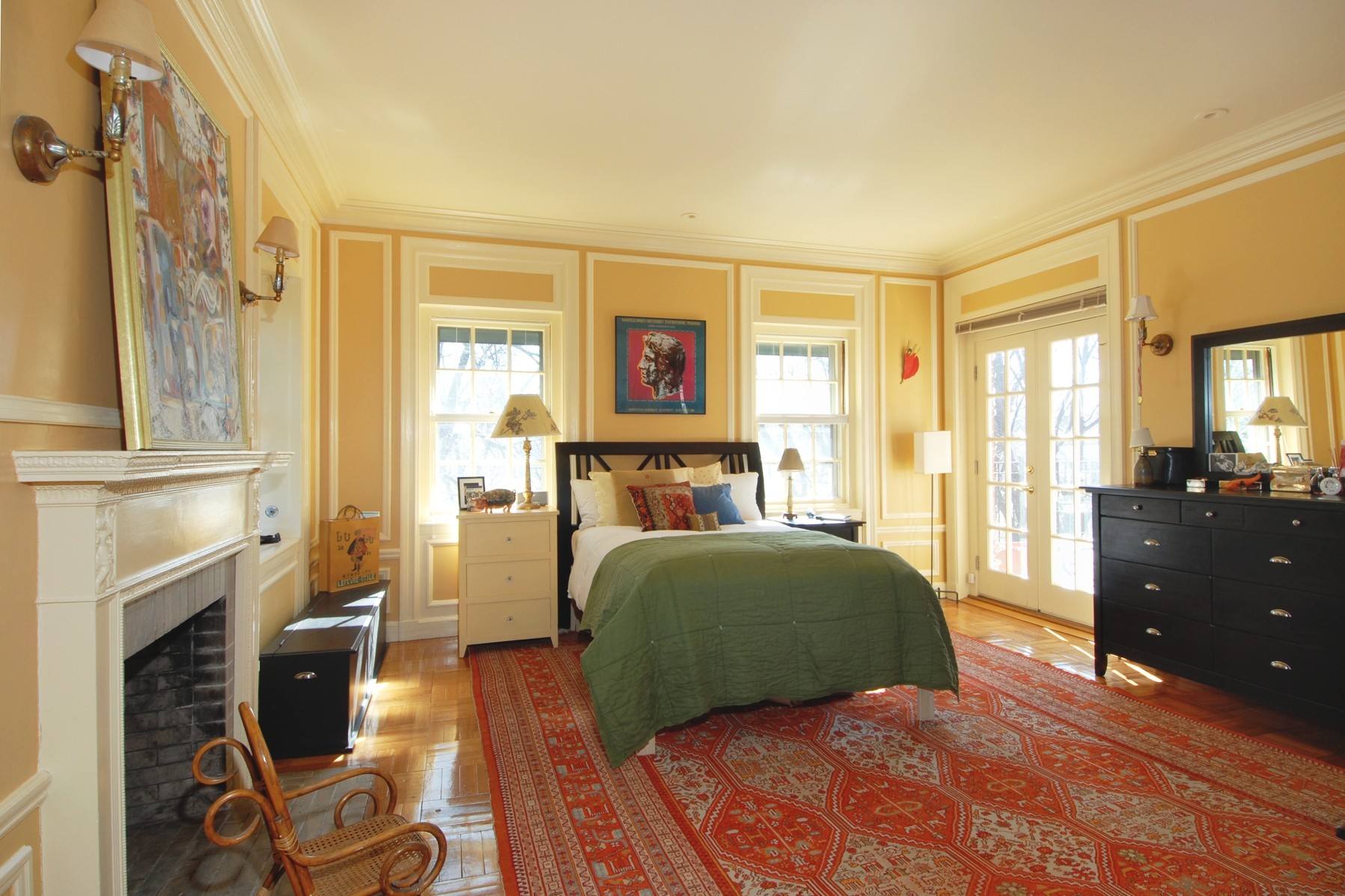 190 Ivy bedroom 2.jpg