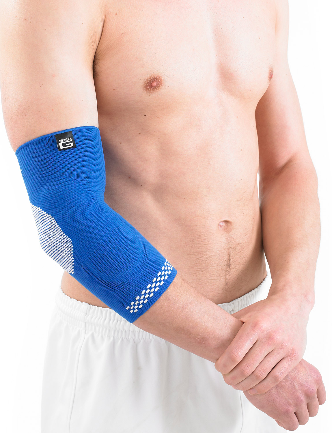 458 -ELBOW SUPPORT WITH SILICONE JOINT CUSHIONS  Support features silicone joint cushions on either side to help protect, support and reduce impact on the elbow joint. Lightweight, breathable and seamless knit fabric provides Multi Zone Compression (MZC) for optimum fit, comfort and durability. The product fits the Left or Right elbow and is Unisex. Helps strains, sprains and instability. Helps support injured, weak or arthritic elbows. Ideal for sports training and rehabilitation of sporting and occupational injuries whilst also helping reduce the likelihood of re-injury