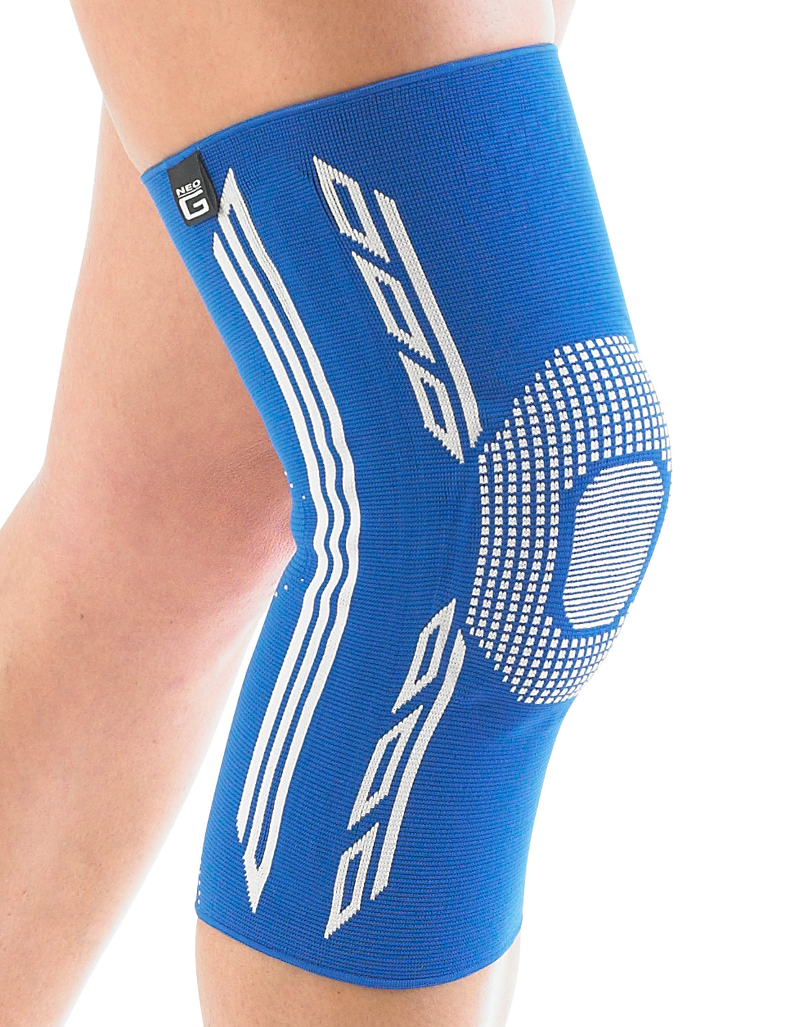 453 - KNEE SUPPORT WITH SILICONE PATELLA CUSHION  Lightweight, breathable and seamless knit fabric provides Multi Zone Compression (MZC) for optimum fit, comfort and durability. Silicone dots around top of support help reduce travel and slipping during everyday movement. Specialist breathable fabric helps with moisture control & comfort. The product fits the Left or Right Knee and is Unisex. This dynamic support helps symptoms of strains, sprains and instability. It helps support injured, weak or arthritic knees. Ideal for sports training and rehabilitation of sporting and occupational injuries whilst also helping reduce the likelihood of re-injury