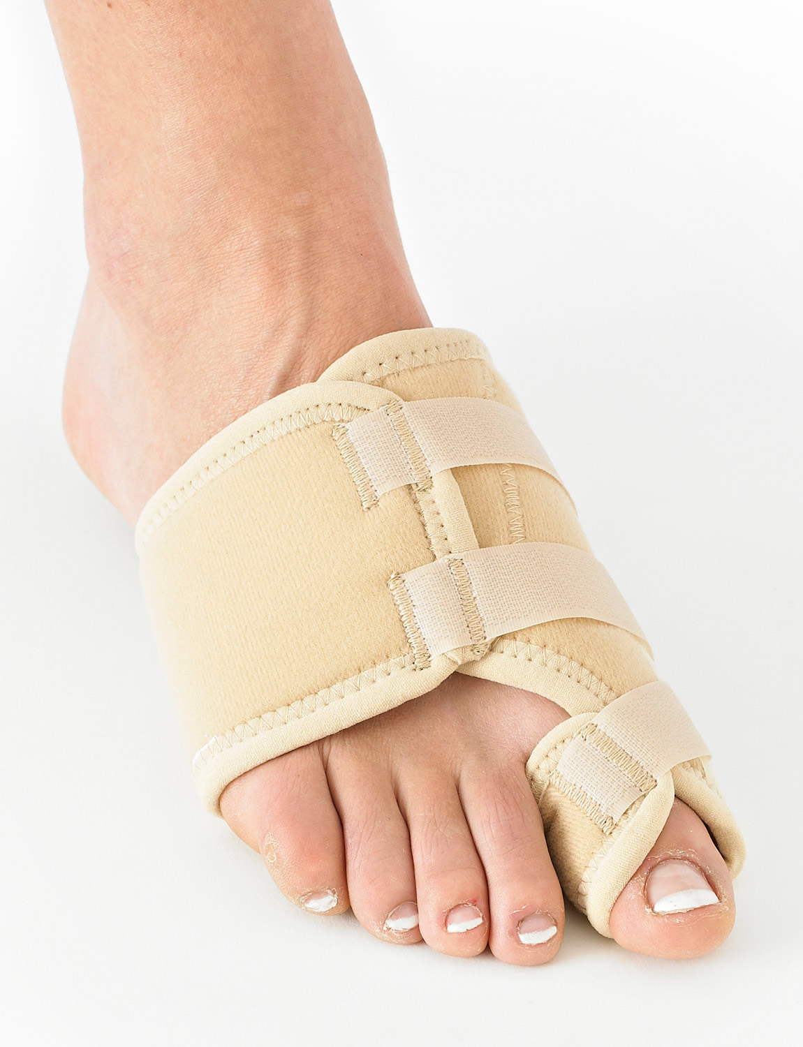510 -BUNION CORRECTION SYSTEM - HALLUX VALGUS SOFT SUPPORT  Designed to help with the discomfort, pressure and inflammation experienced by Hallux Valgus deformities. The support is designed to help immobilize the Hallux Valgus for uninterrupted healing of bunion protrusions.
