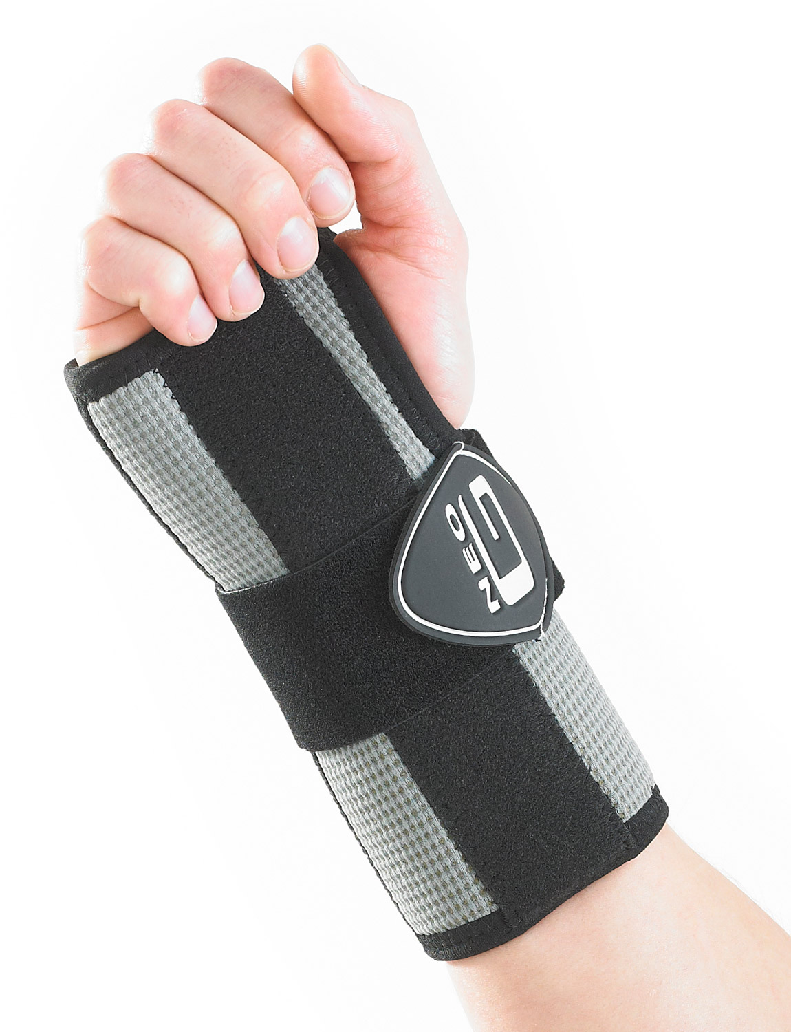165 - RX WRIST BRACE  Constructed from breathable fabric and features a removable metal splint to allow variable stabilization of the wrist and hand. The adjustable strap provides additional compression around the wrist and/or hand if needed, which can help encourage correct alignment of the carpal bones and help reduce inflammation: useful in the management of carpal tunnel syndrome.
