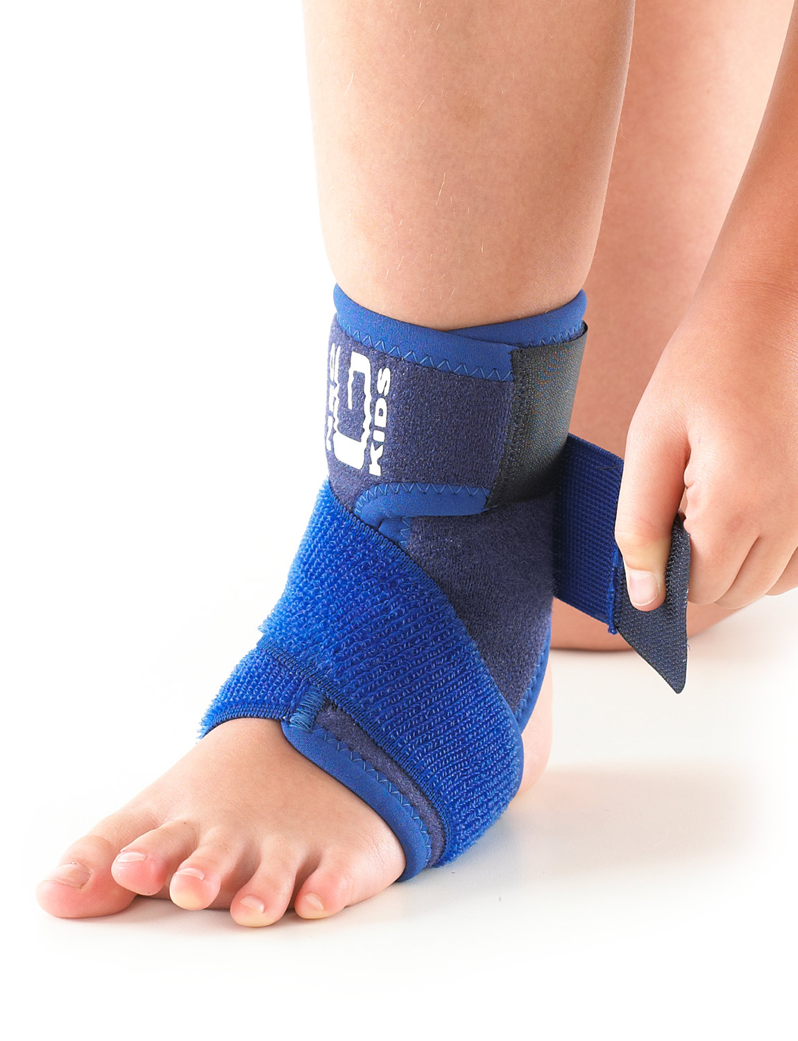 887K - KIDS ANKLE SUPPORT WITH FIGURE OF 8 STRAP  Specifically designed for the younger wearer and helps provide dynamic support around the ankle complex. The adjustable figure of 8 strap helps provide added support and compression during sporting and recreational activities. The support helps to reduce excessive planterflexion as well as inversion and eversion of the ankle all of which are associated with ligamentous injuries and instability of the ankle. The durable, heat therapeutic neoprene helps warm muscles and joints, helping with arthritic ankles and chronic aches and stiffness