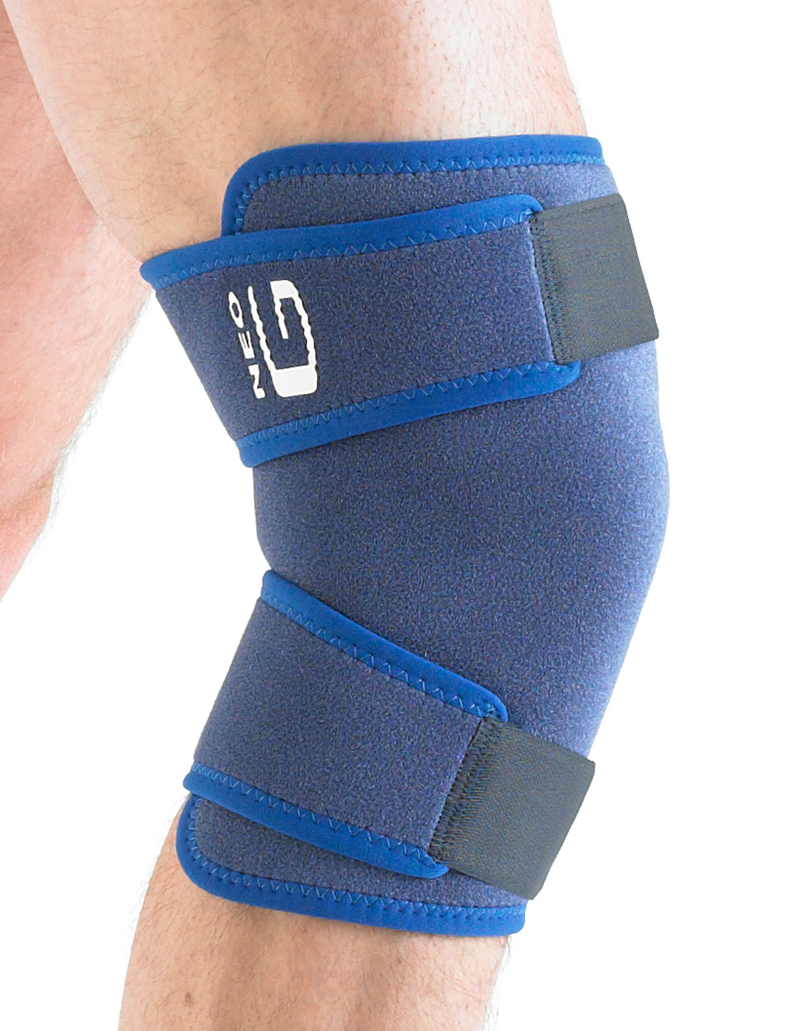 884 - CLOSED KNEE SUPPORT  provides compression, support and warming relief to the knee complex without restricting movement.