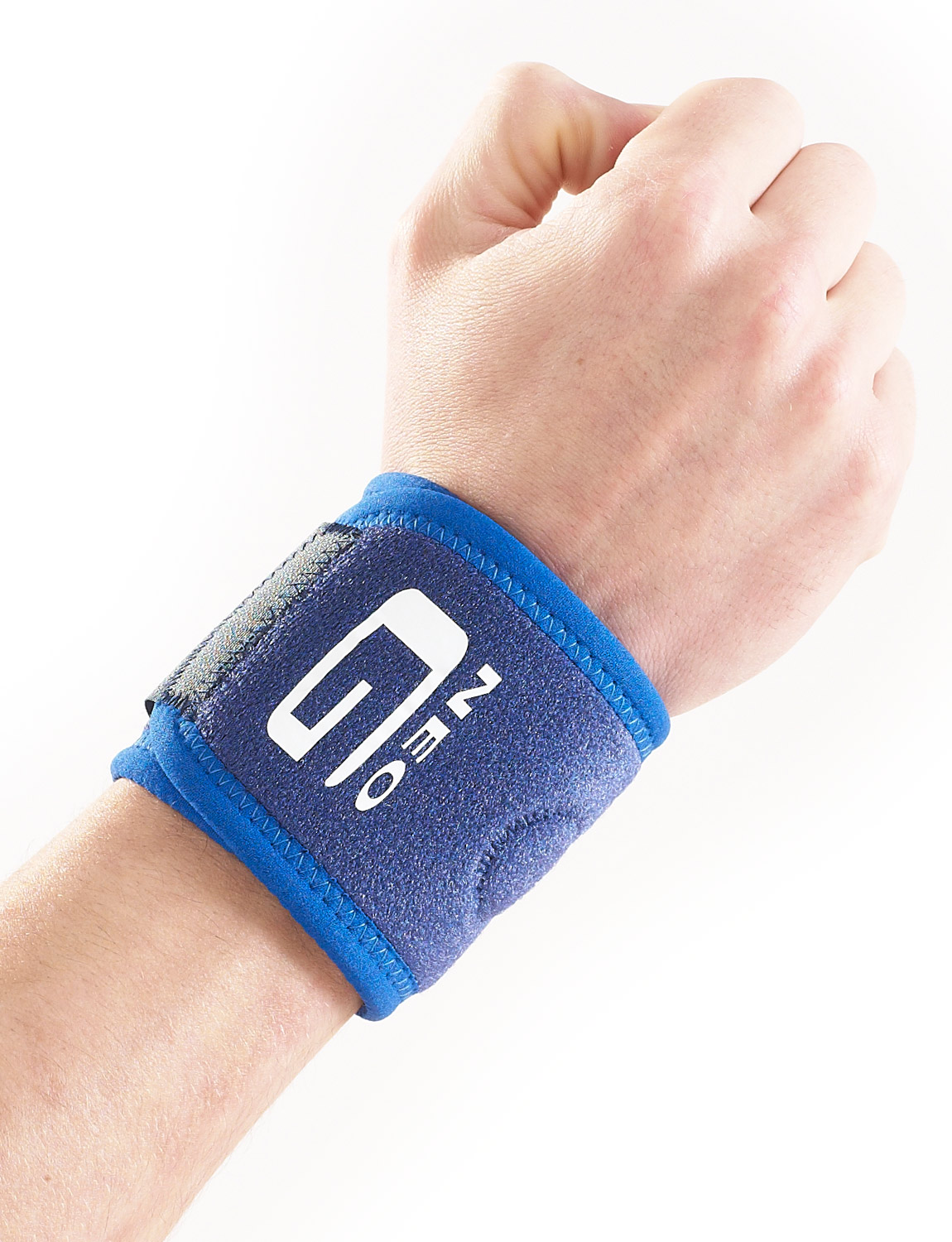 881- WRIST BAND  Made of durable, heat therapeutic neoprene this support can be used to help provide support to unstable wrists or help ease symptoms of arthritic wrists and hands.