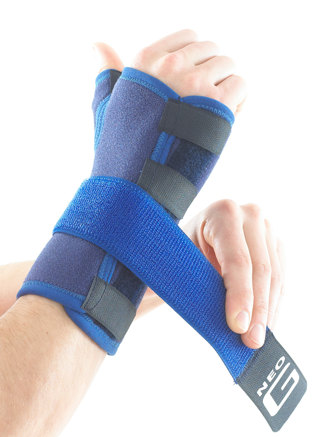 996 - STABILIZED WRIST AND THUMB BRACE  The adjustable strap provides additional compression around the wrist and/or hand if needed, which can help encourage the correct alignment of the carpal bones and help reduce inflammation, useful in the management of carpal tunnel syndrome.