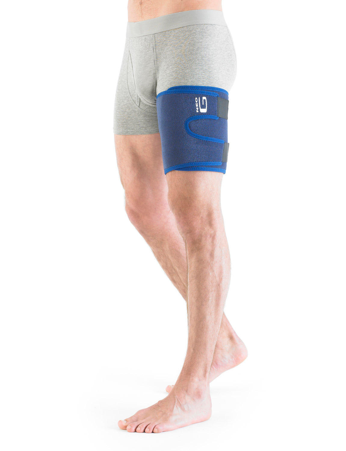 888 - THIGH AND HAMSTRING SUPPORT  The adjustable support is designed to help cushion and protect the thigh muscles to help with pain from strains and sprains caused by occupational or sporting activities and helps minimise the effects of muscle overuse.