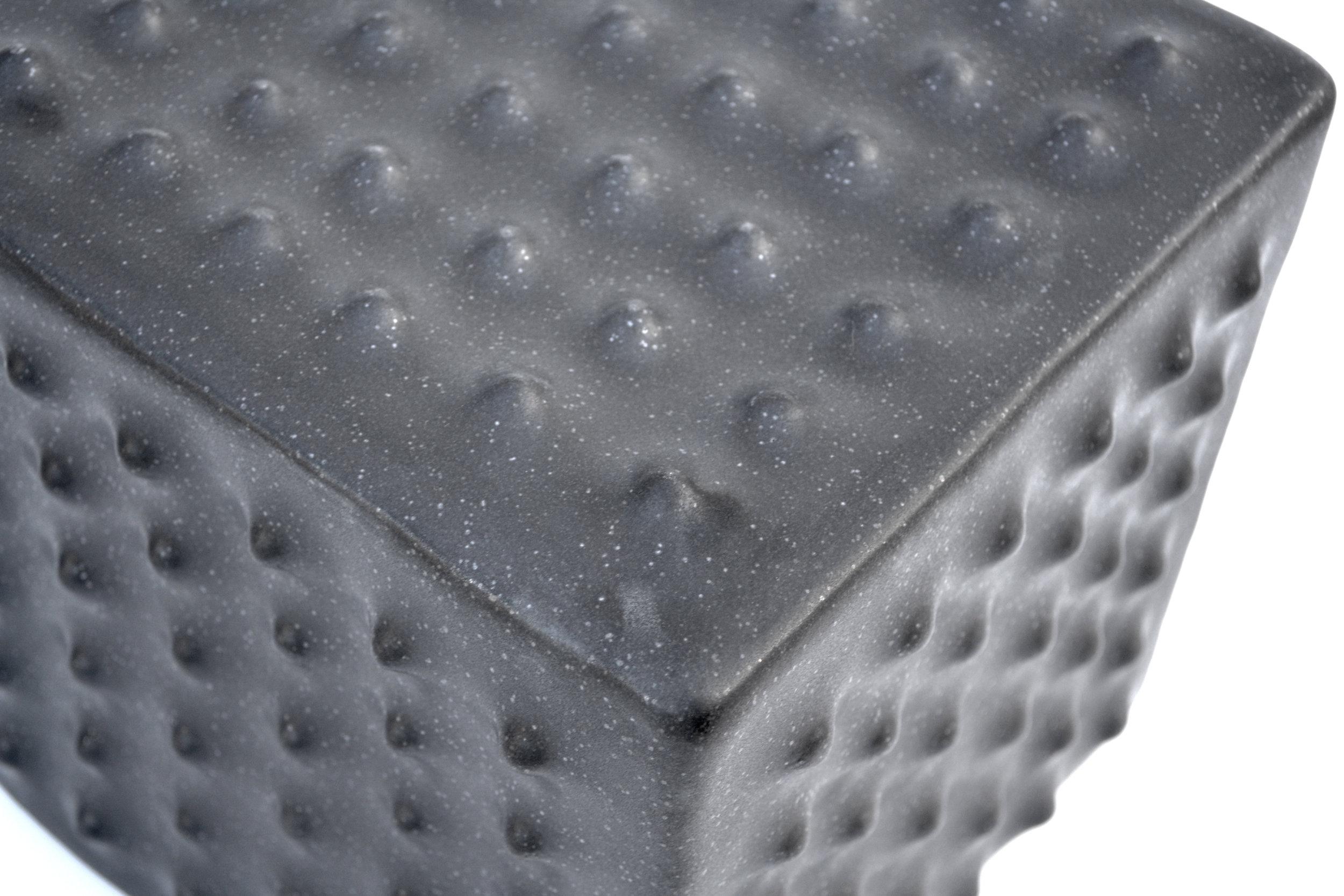 19- 6 x 6 Nipple CUBE [black] (detail).jpg
