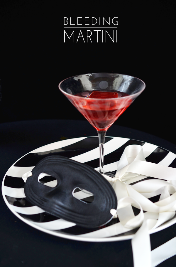 ALEXANDRA-HEDIN-BLEEDINGMARTINI-JELLO-SHOT-HALLOWEEN.png